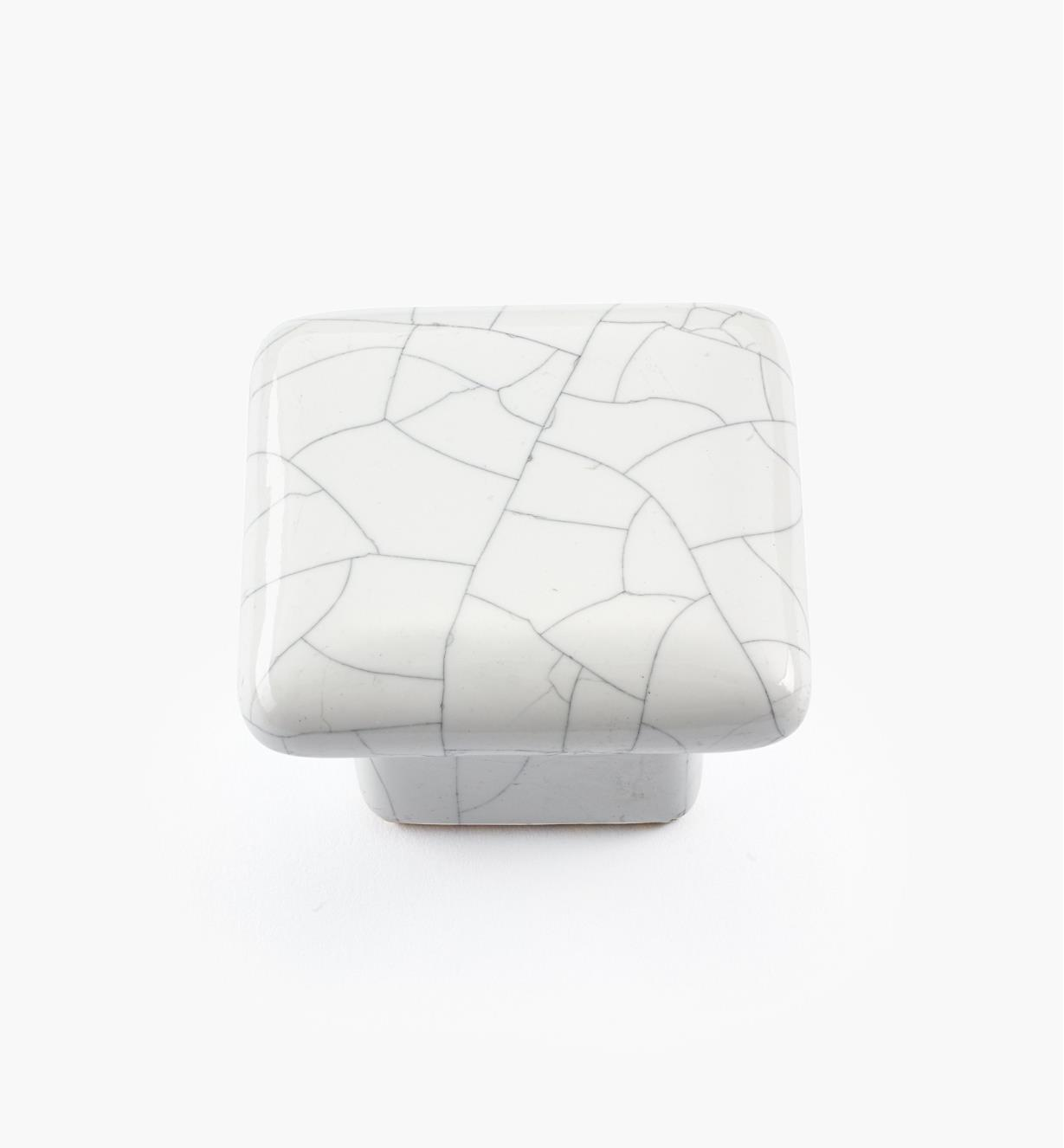 "00W5205 - 1 1/2"" Sq. x 1 1/16"" White Crackle Knob"