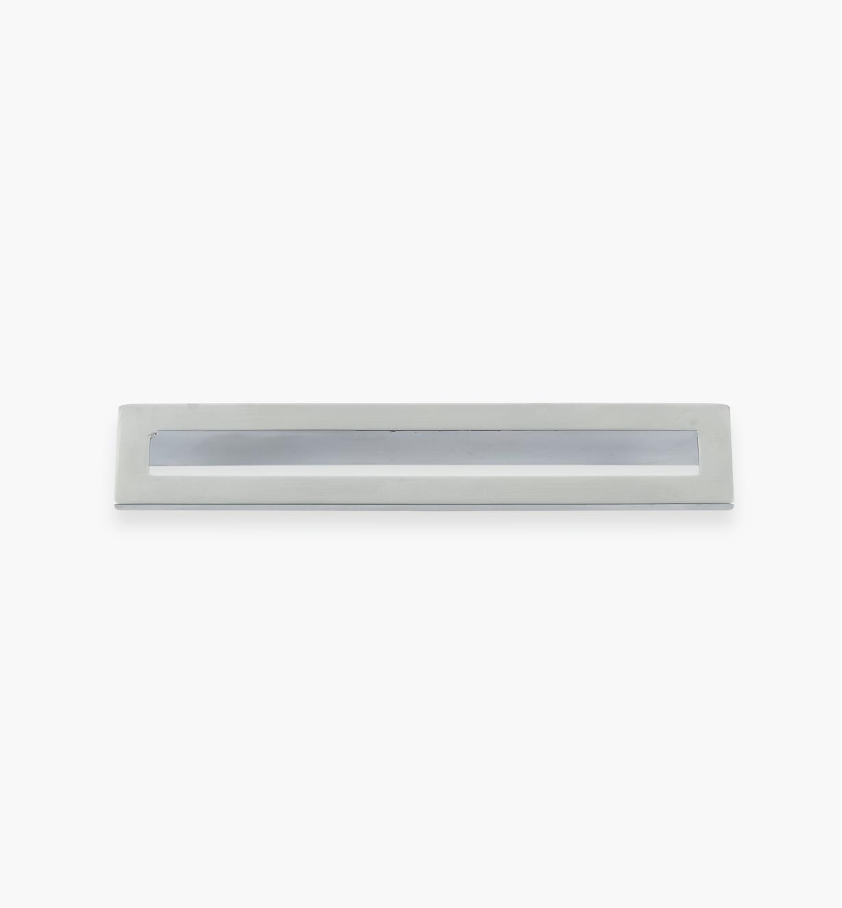 01G1894 - 128mm x 134mm Matte Chrome Core Handle, each