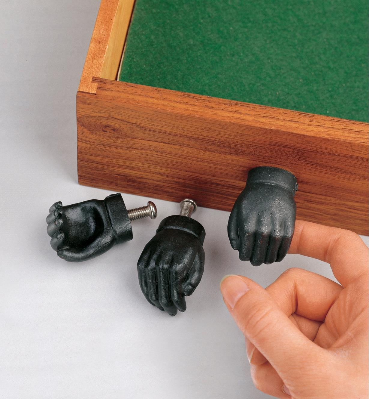 01K3310 - Hands, pair (left & right)