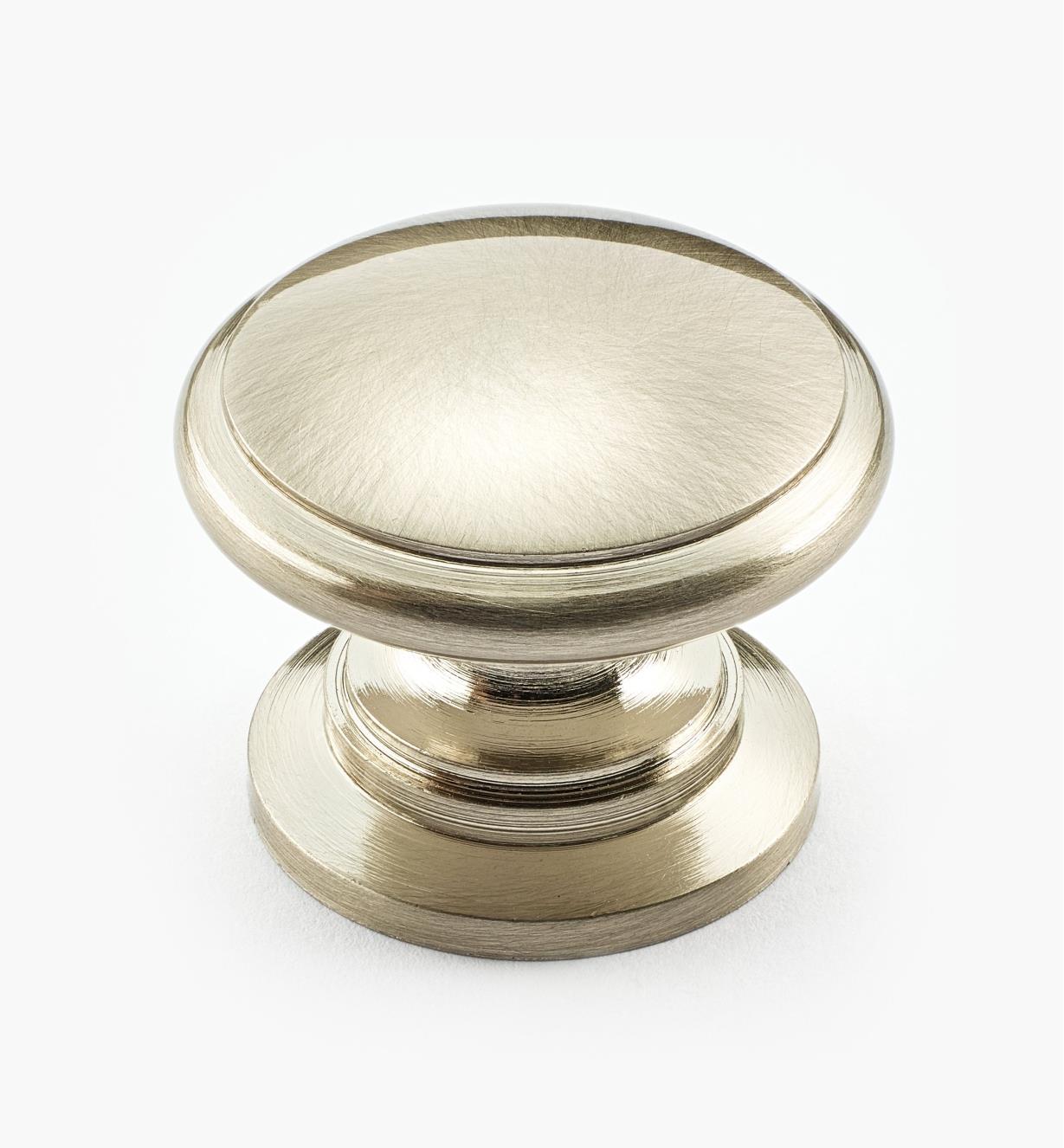 01W3830 - Bouton d'armoire en laiton, nickel brossé, 11/4pox1po