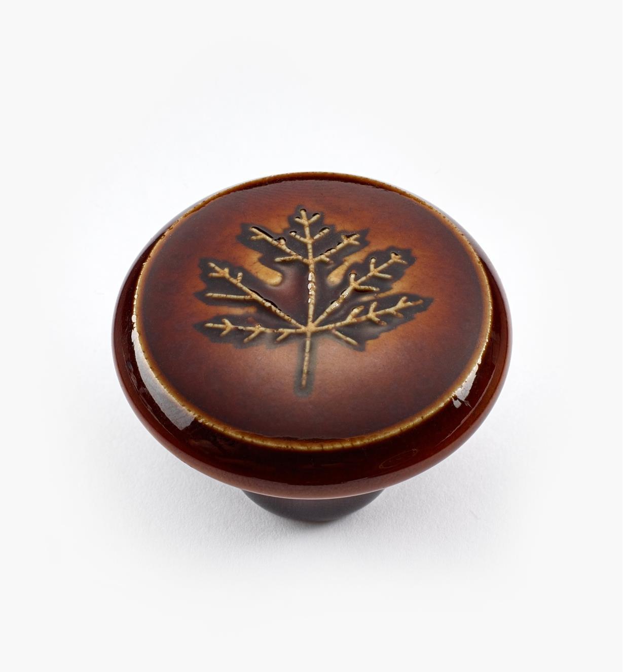 """02W1640 - 1 1/2"""" x 1"""" Rd. Brown Leaf Knob"""