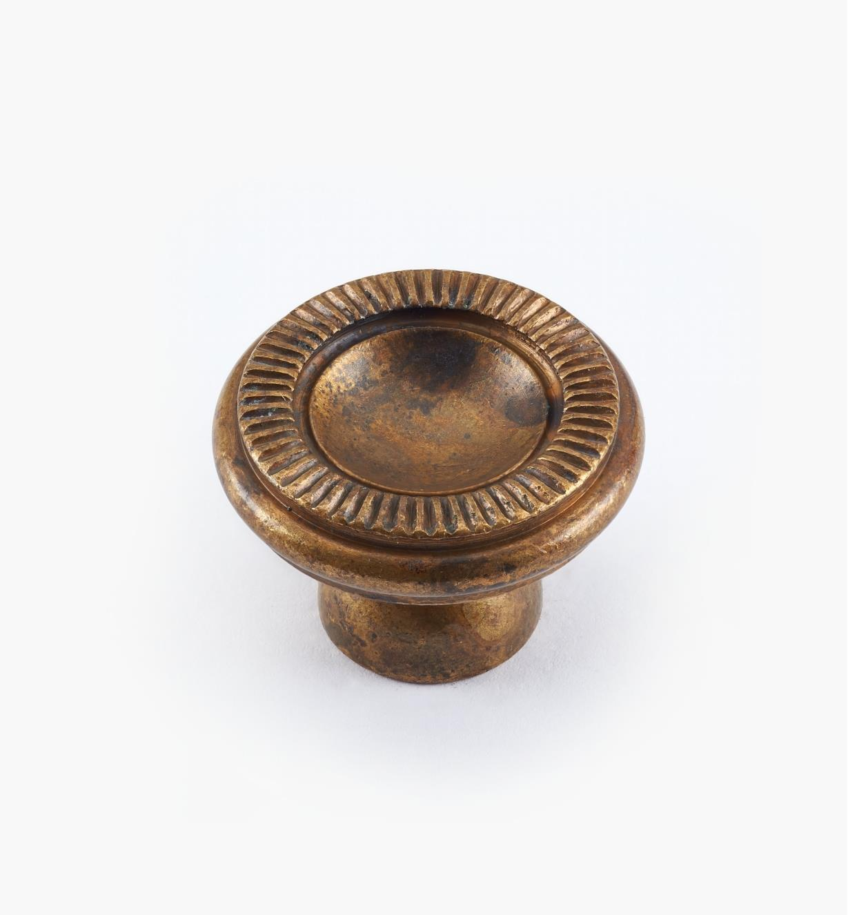 01A0811 - 25mm x 17mm Old Brass Knob