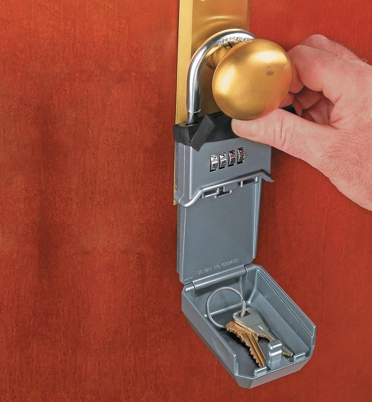 Lockbox with Shackle attached to a doorknob