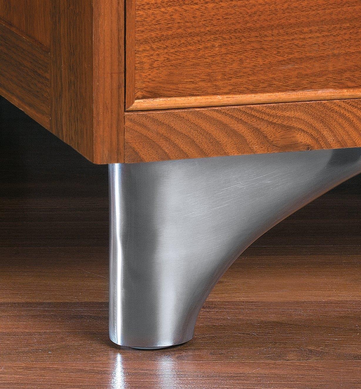 00S8163 - 100mm Aluminum Rounded Leg, ea.