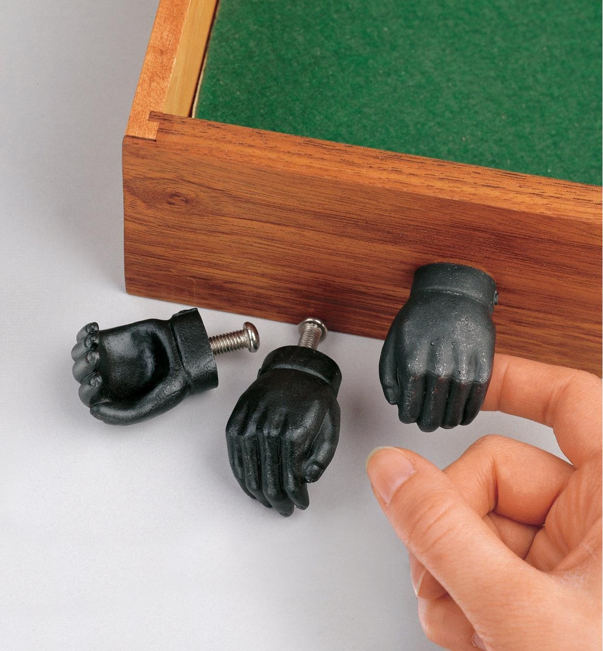 01K3310 - Hands, pair (left & right)
