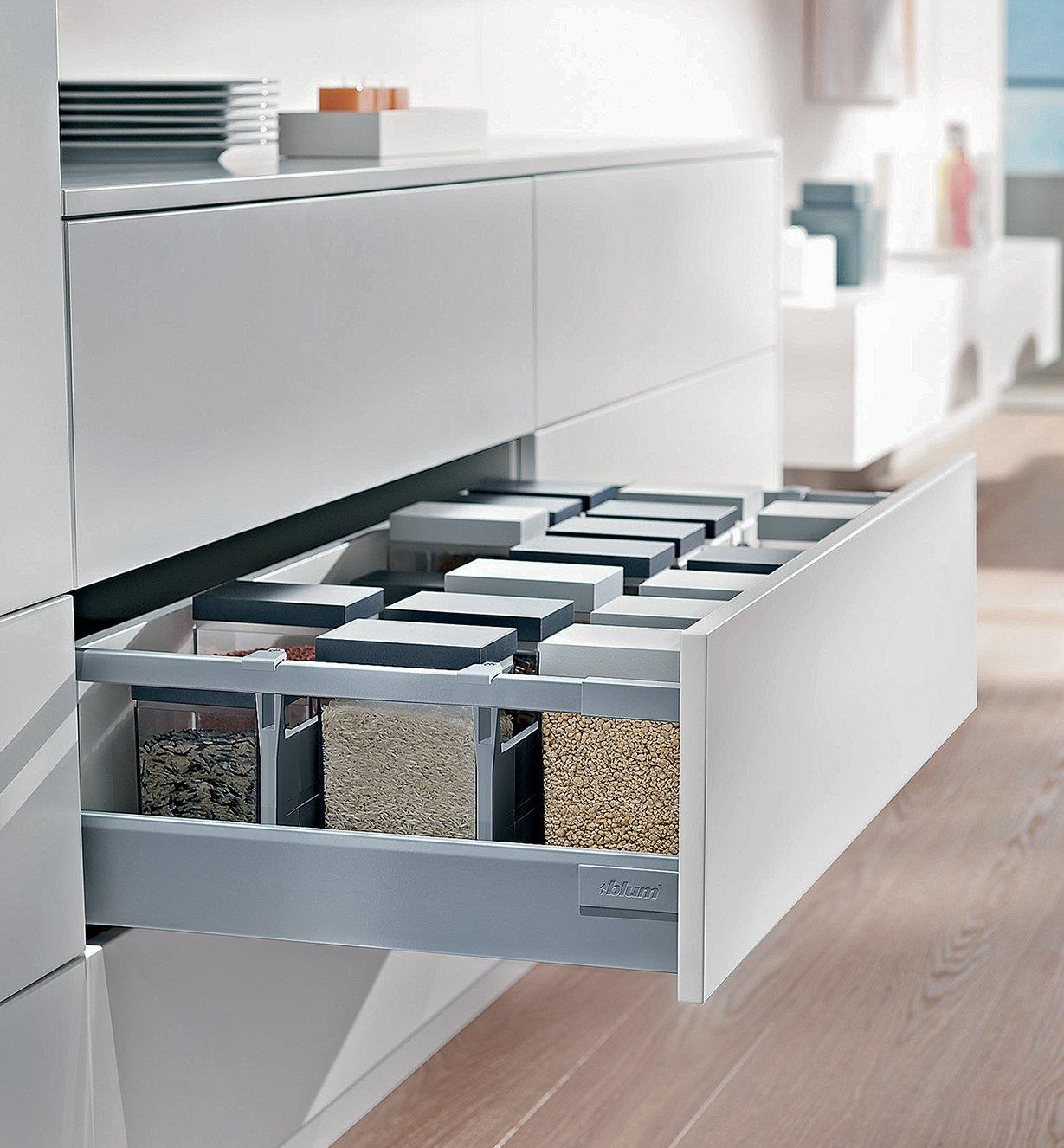 Example of kitchen drawer made with Soft-Close Drawer Kit, Type D
