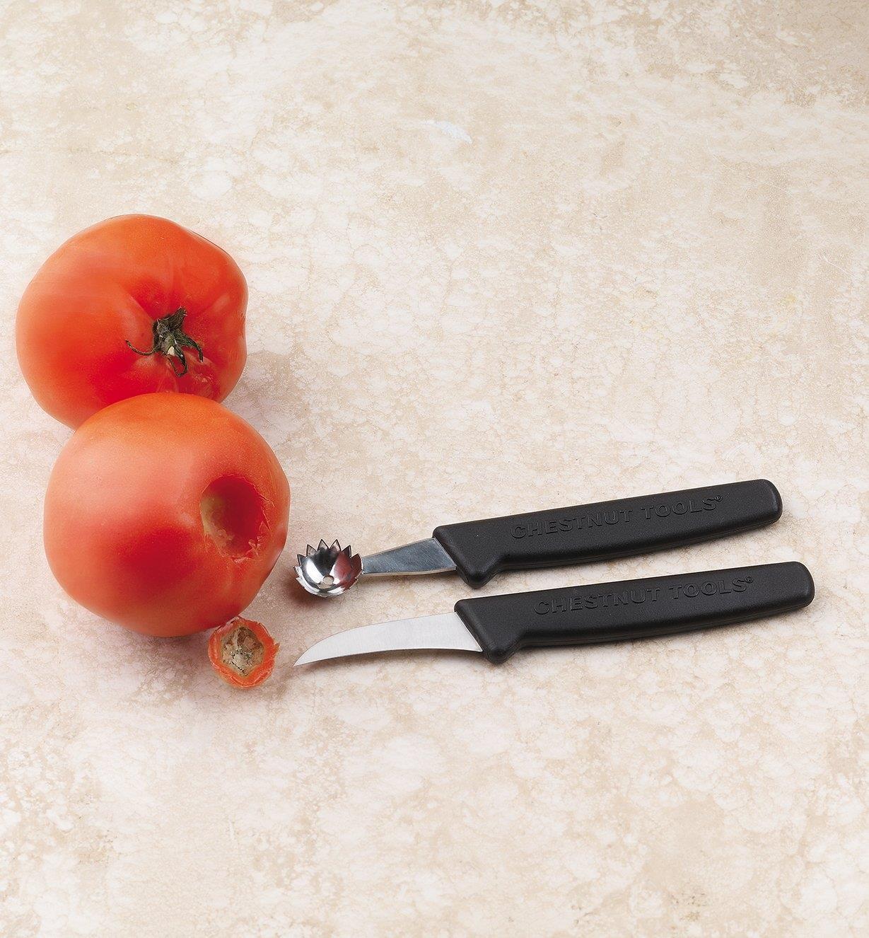 09A0423 - Cuillère à pédoncules et couteau à légumes