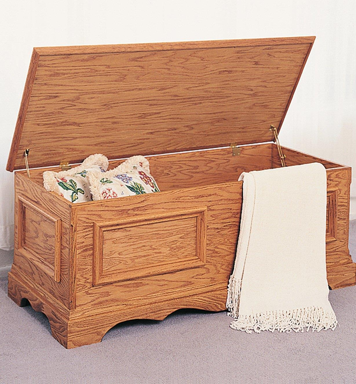 11L0225 - Blanket Chest Plan