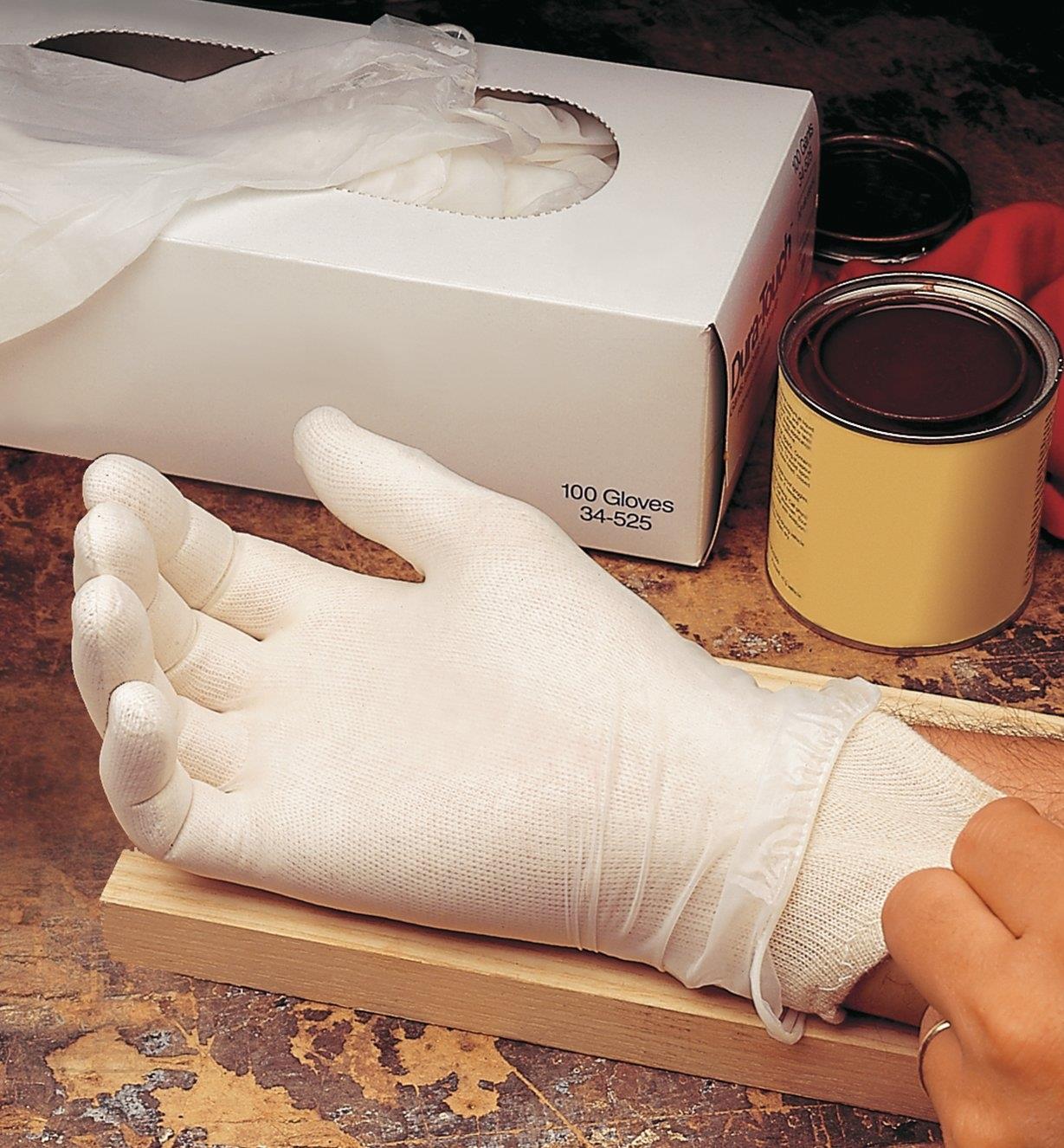 67K9101 - Women's Glove Liners, 3 pr.