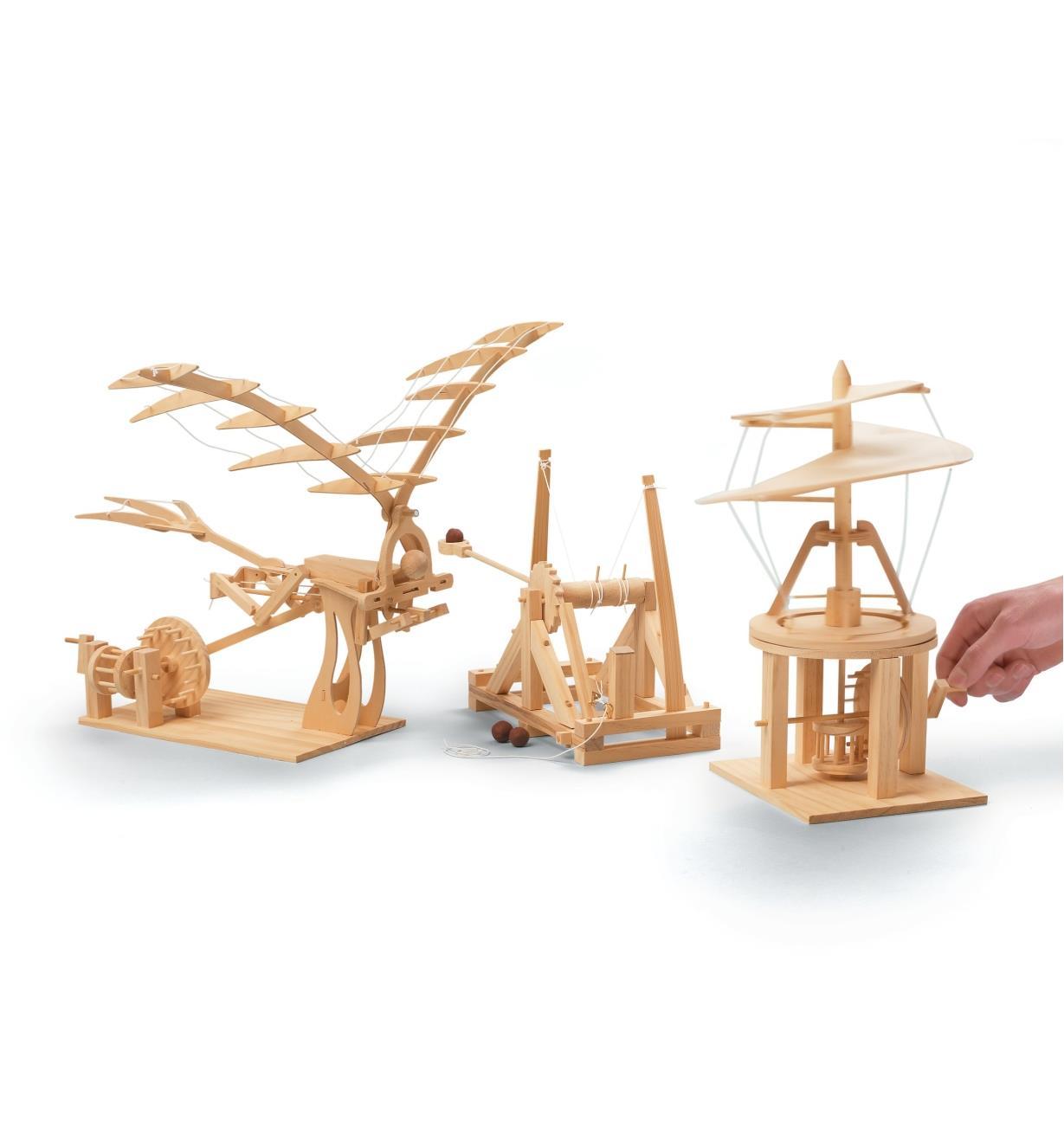 Modèles réduits des inventions de Léonardde Vinci