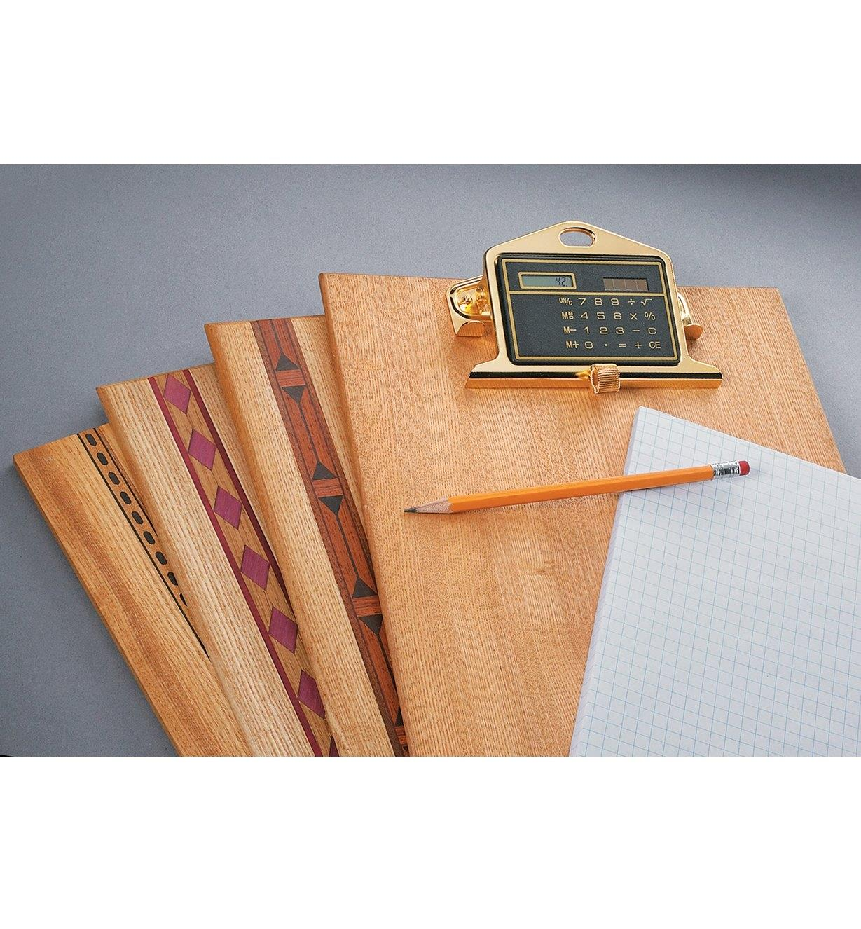 88K7817 - Clipboard Clip and Calculator