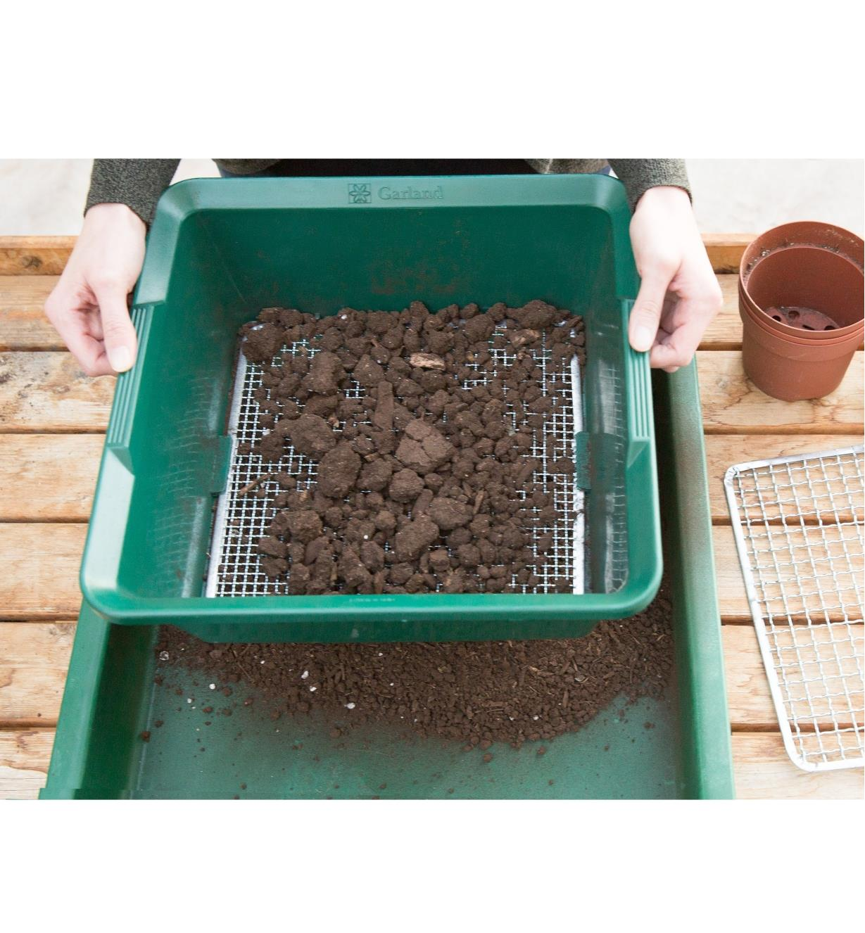 Sifting soil through the Deep Soil Sieve