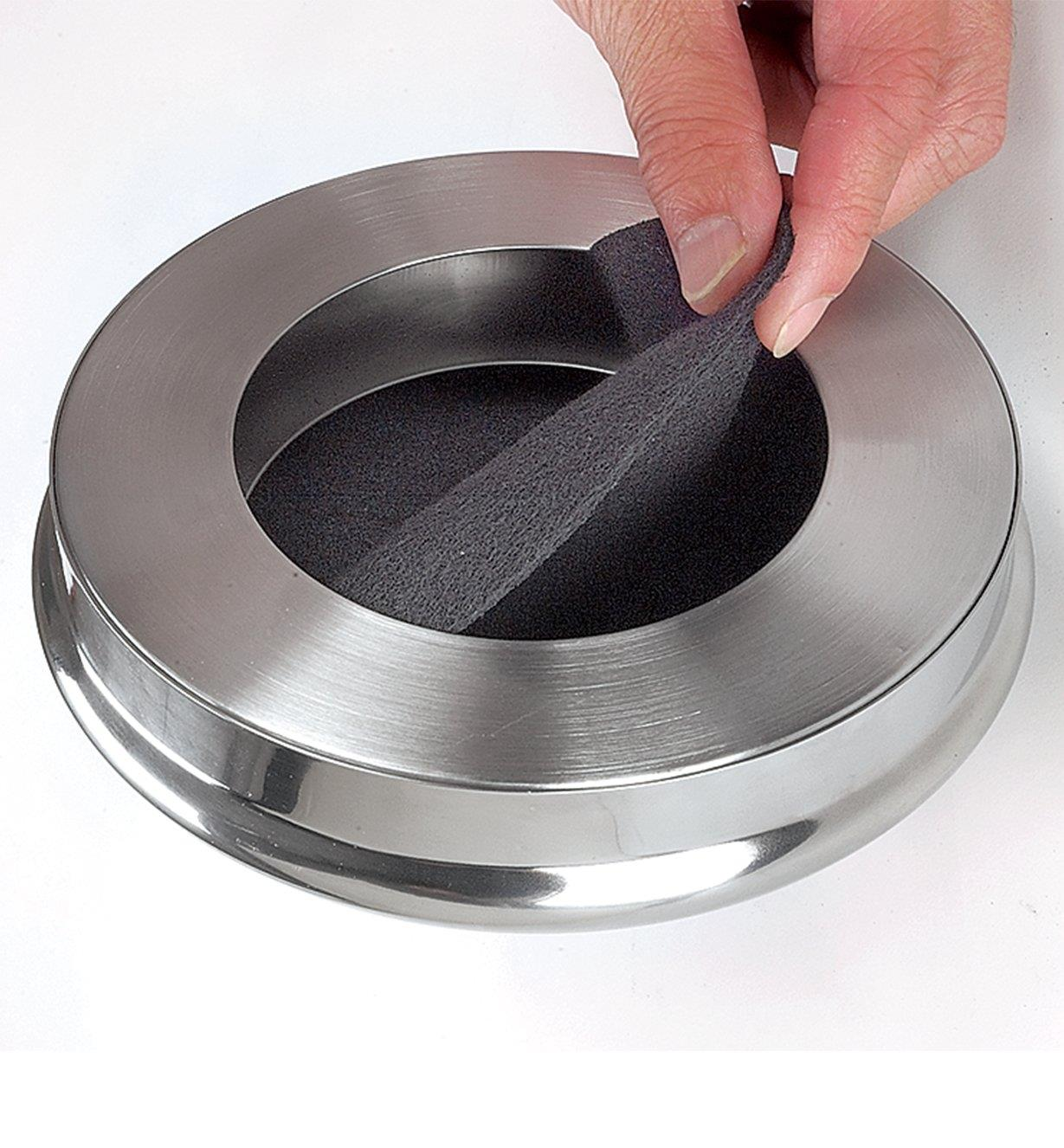 Countertop compost pail filters are placed in the lid to absorb odors