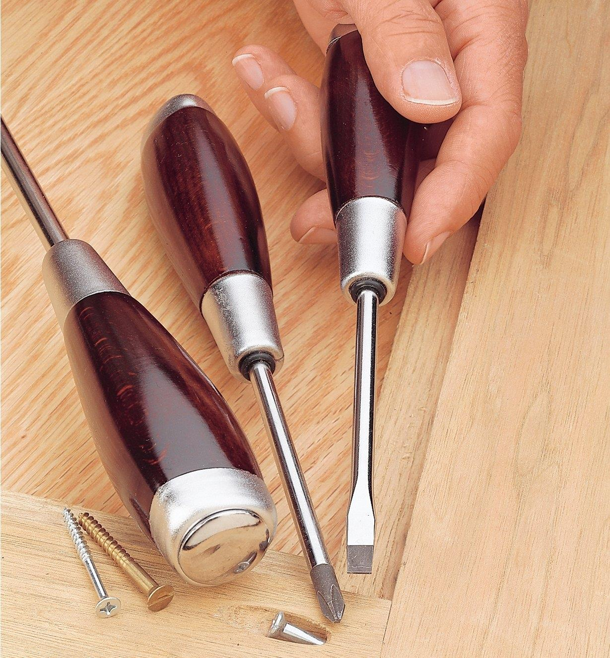 Heavy-Duty Screwdrivers