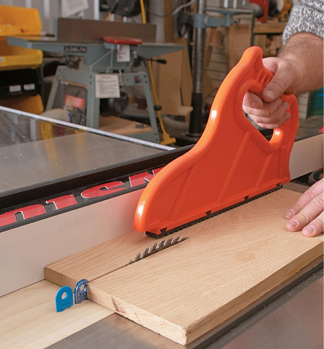 Cutting solid wood on a table saw with a splitter and kerf keeper mounted in a zero-clearance insert