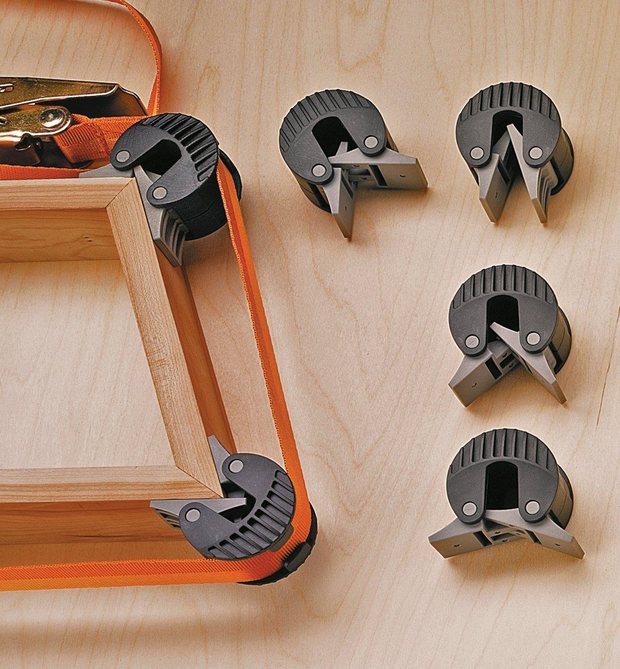 50K5701 - Cales de serrage réglables, le paquet de4