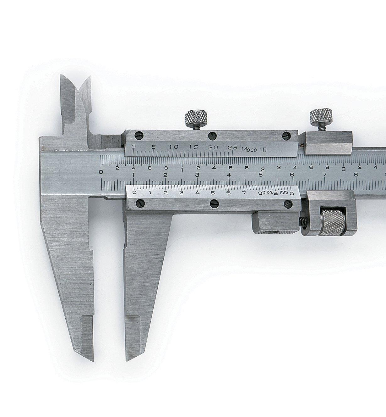 """88N7102 - 8""""/20cm Fine Adj. Caliper"""