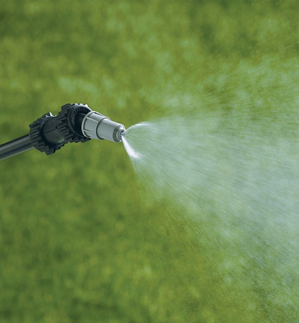 Garden Sprayer wand using the mist setting
