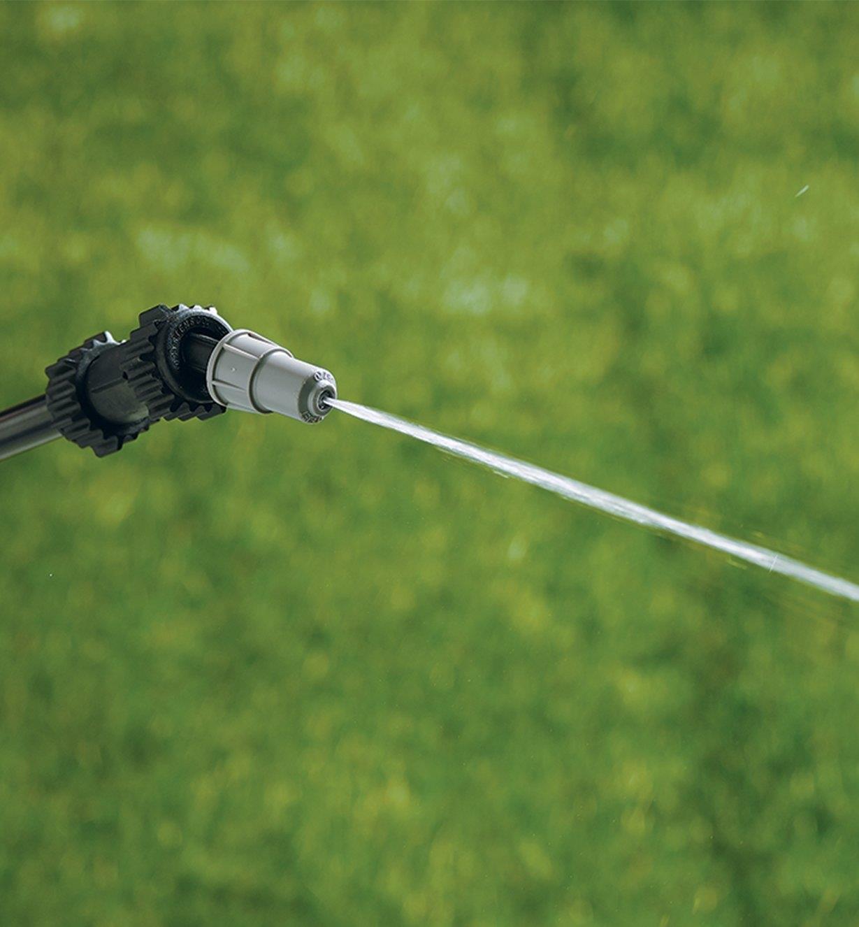 Garden Sprayer wand using the jet setting