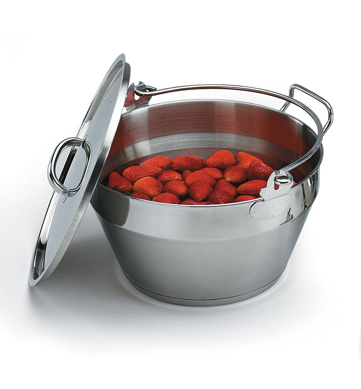 EV269 - Maslin Pan with Lid