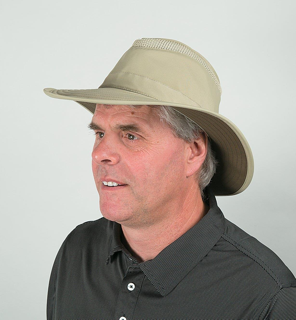 A man wearing the classic Tilley Airflo Hat