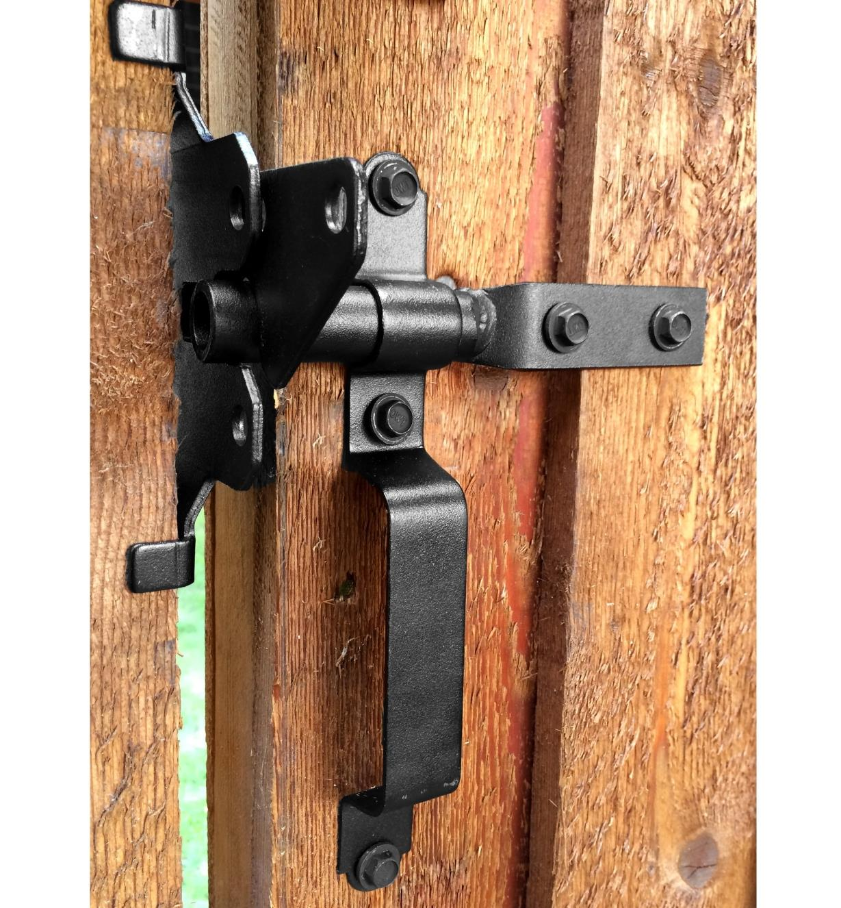 01S1525 - Ozco Gate Latch