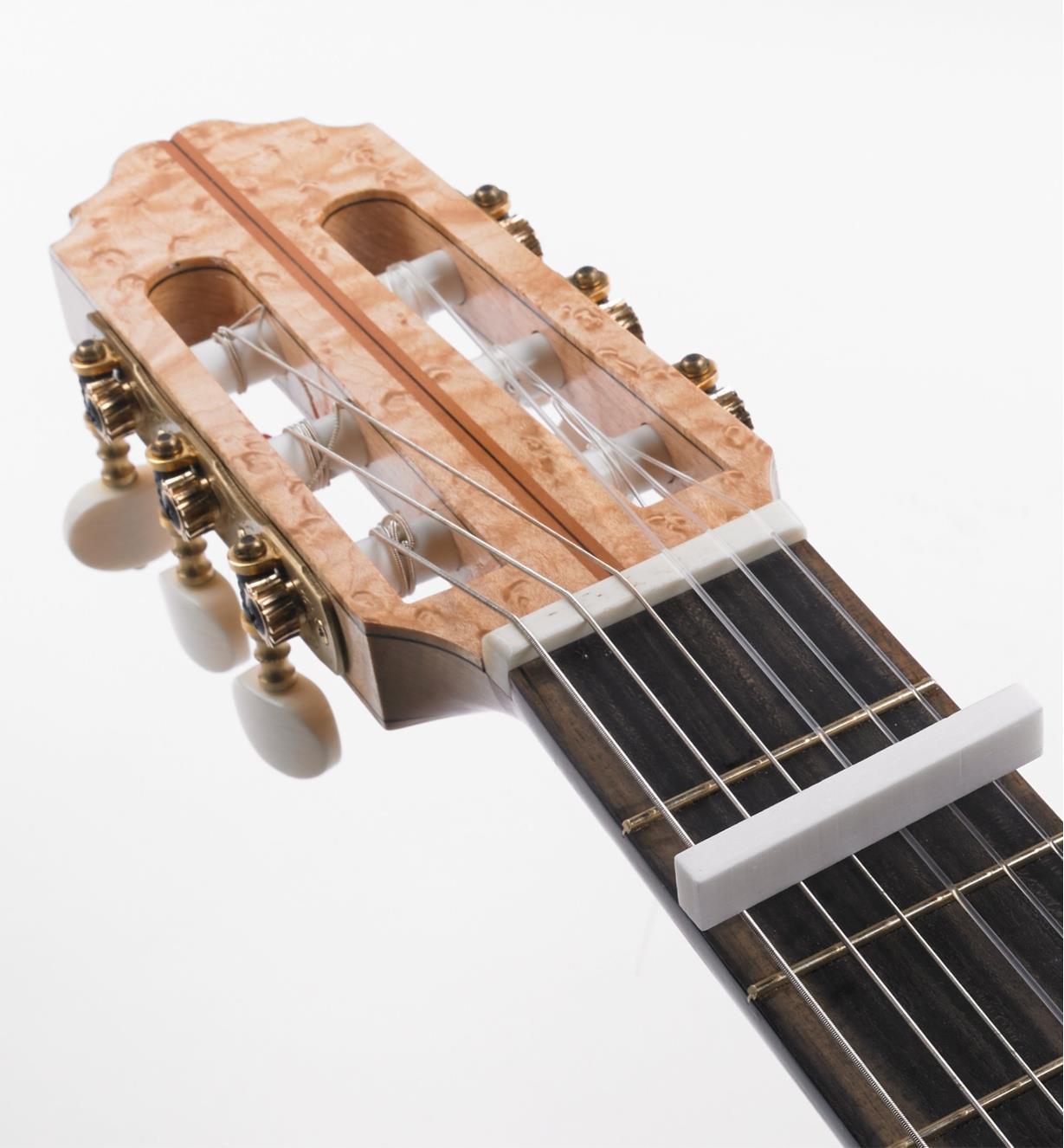 60J0270 - Ébauche pour sillet de tête, guitare classique, 54mm x 6,5mm x 11mm