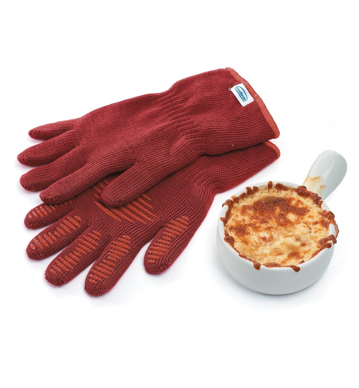 EV273 - Oven Gloves, Medium (size 8 to 9)