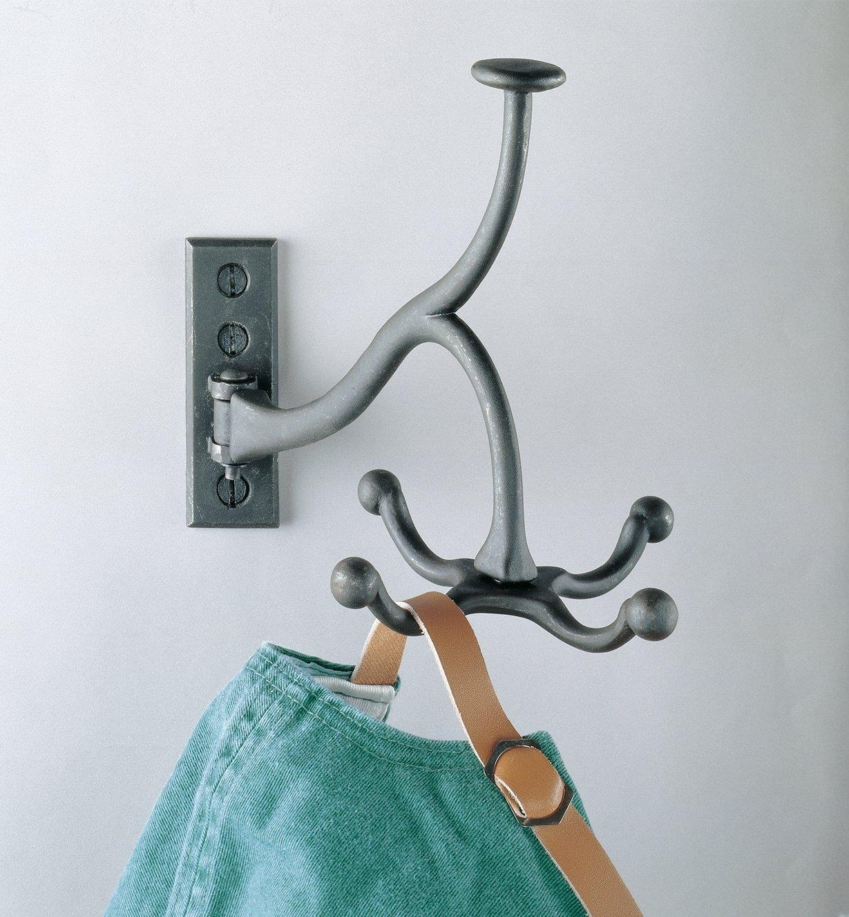 01K2602 - Swivel Coat Hook