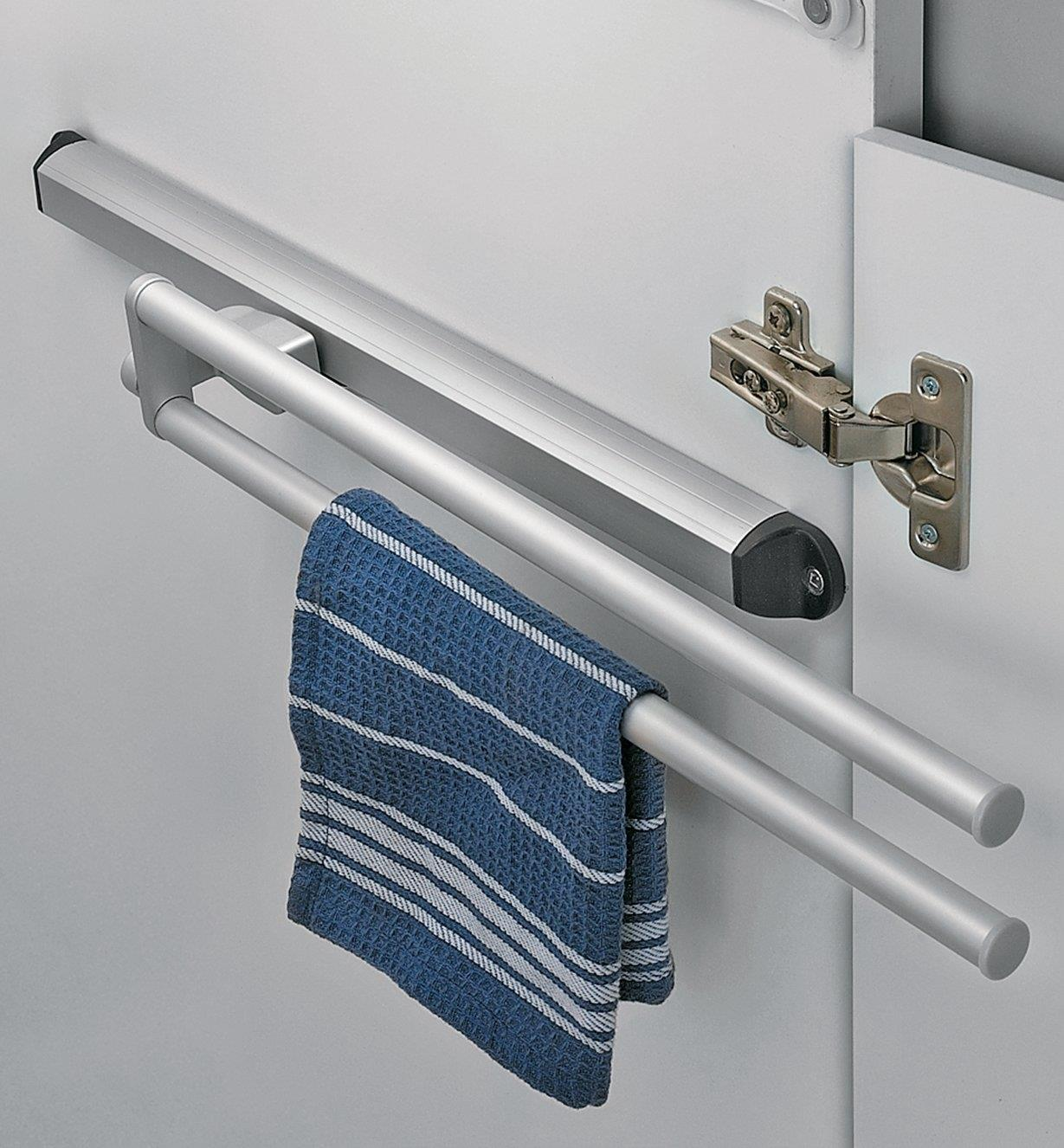 12K0990 - Sliding Towel Rack