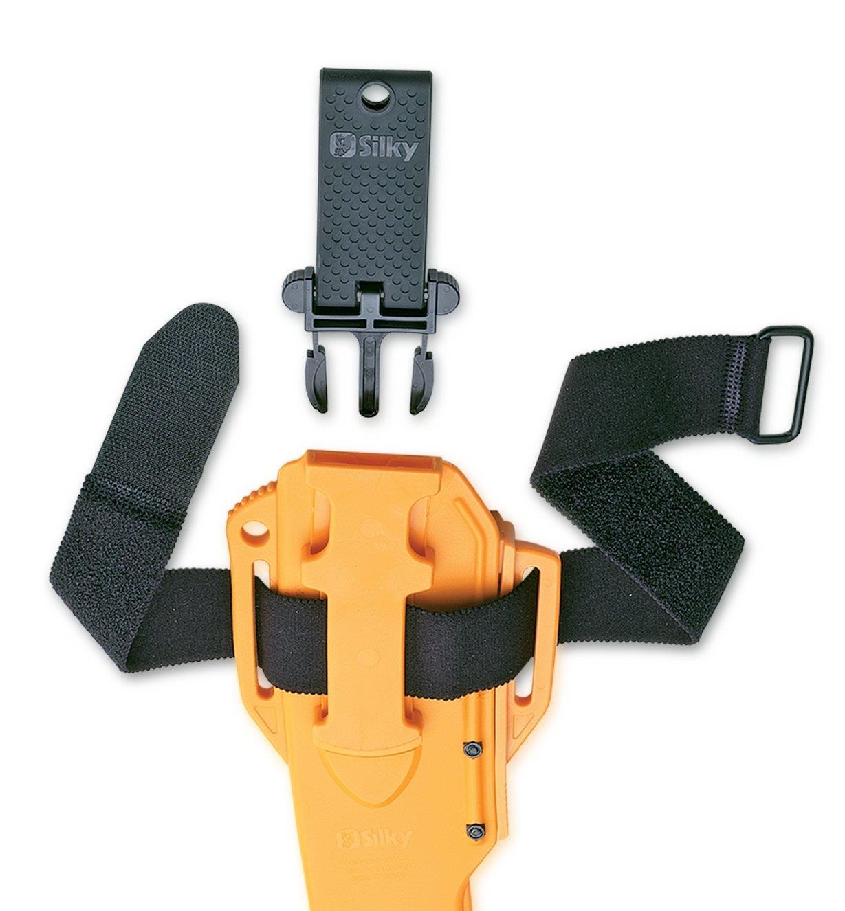 Attache à déclenchement rapide pour la ceinture du fourreau pour scie d'élagage Sugoi 360 Silky