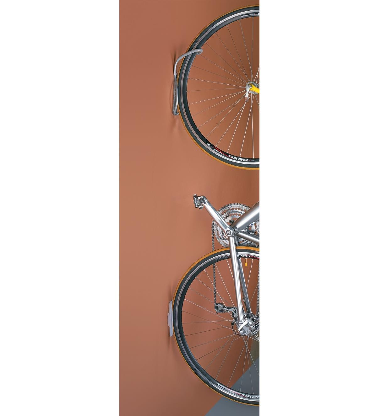 00K1801 - Vertical Single Bike Rack