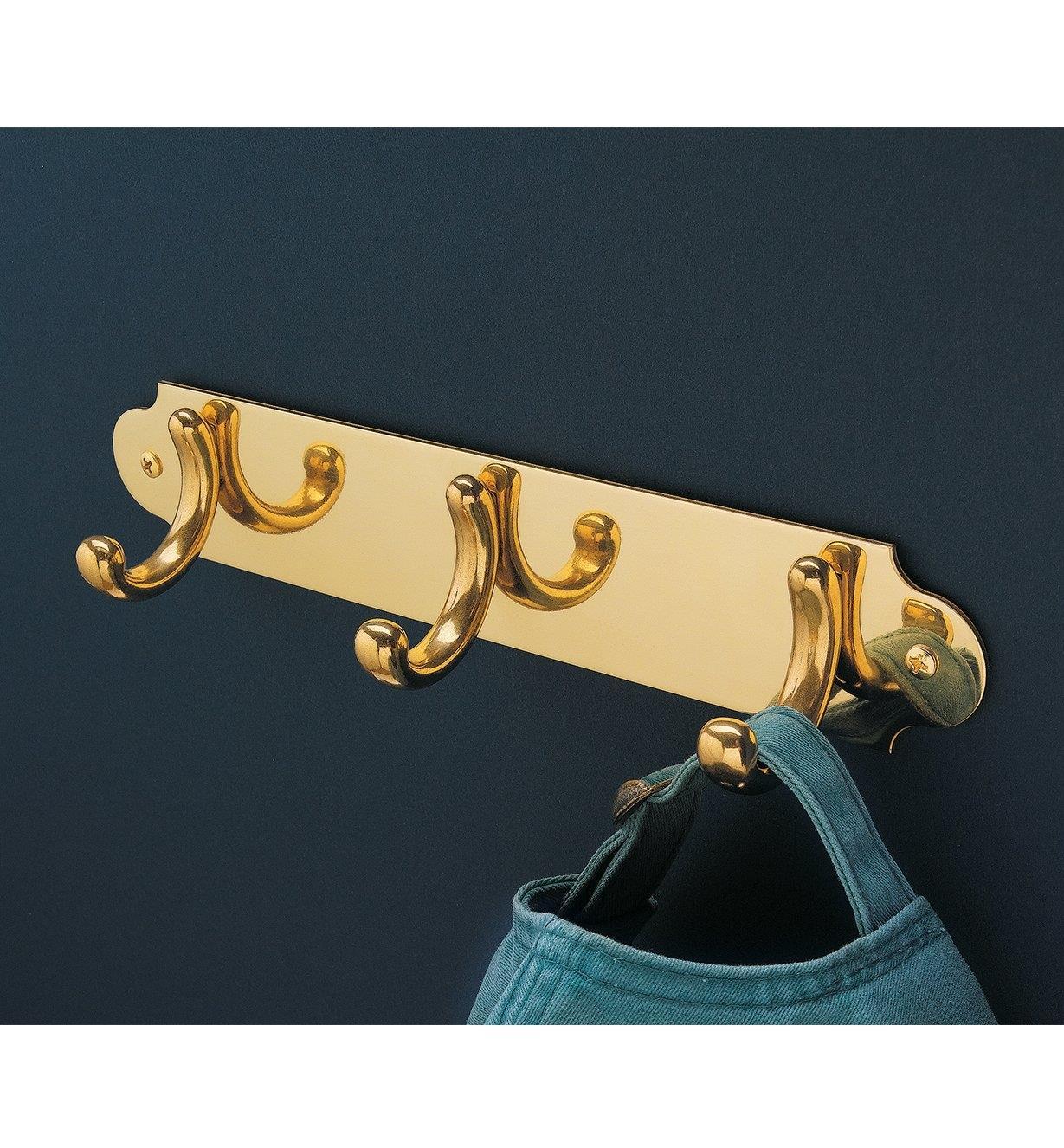 01W9101 - Hooks & Plate Set
