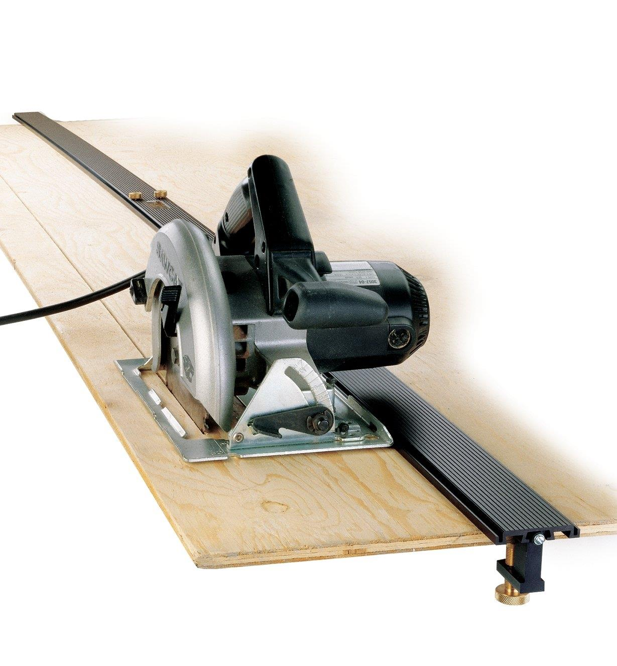 "05J5001 - 100"" Power Tool Guide"