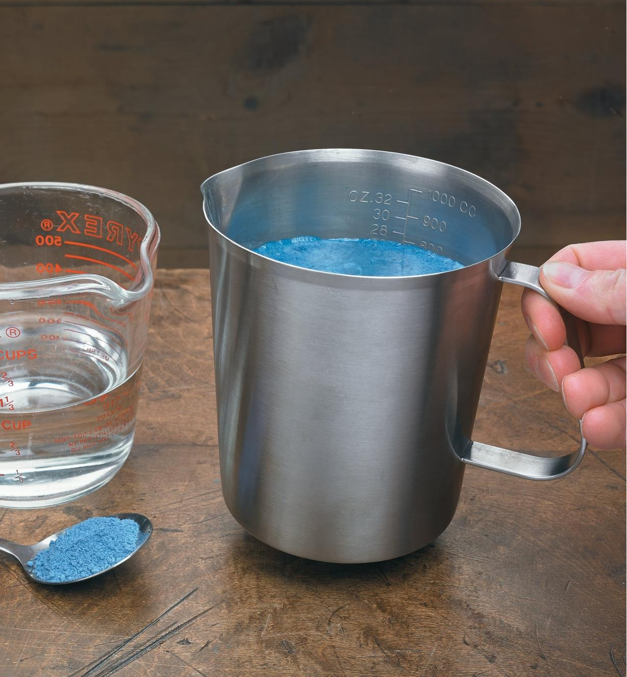 09A0374 - Workshop Measuring Pitcher, 32 fl oz (1l)