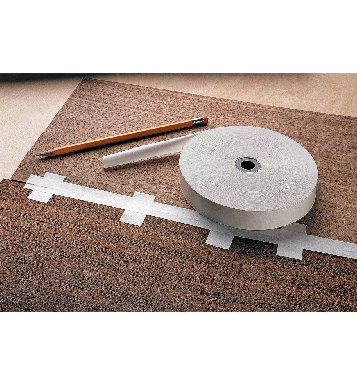 27K0765 - Papier gommé pour placage, 650pi