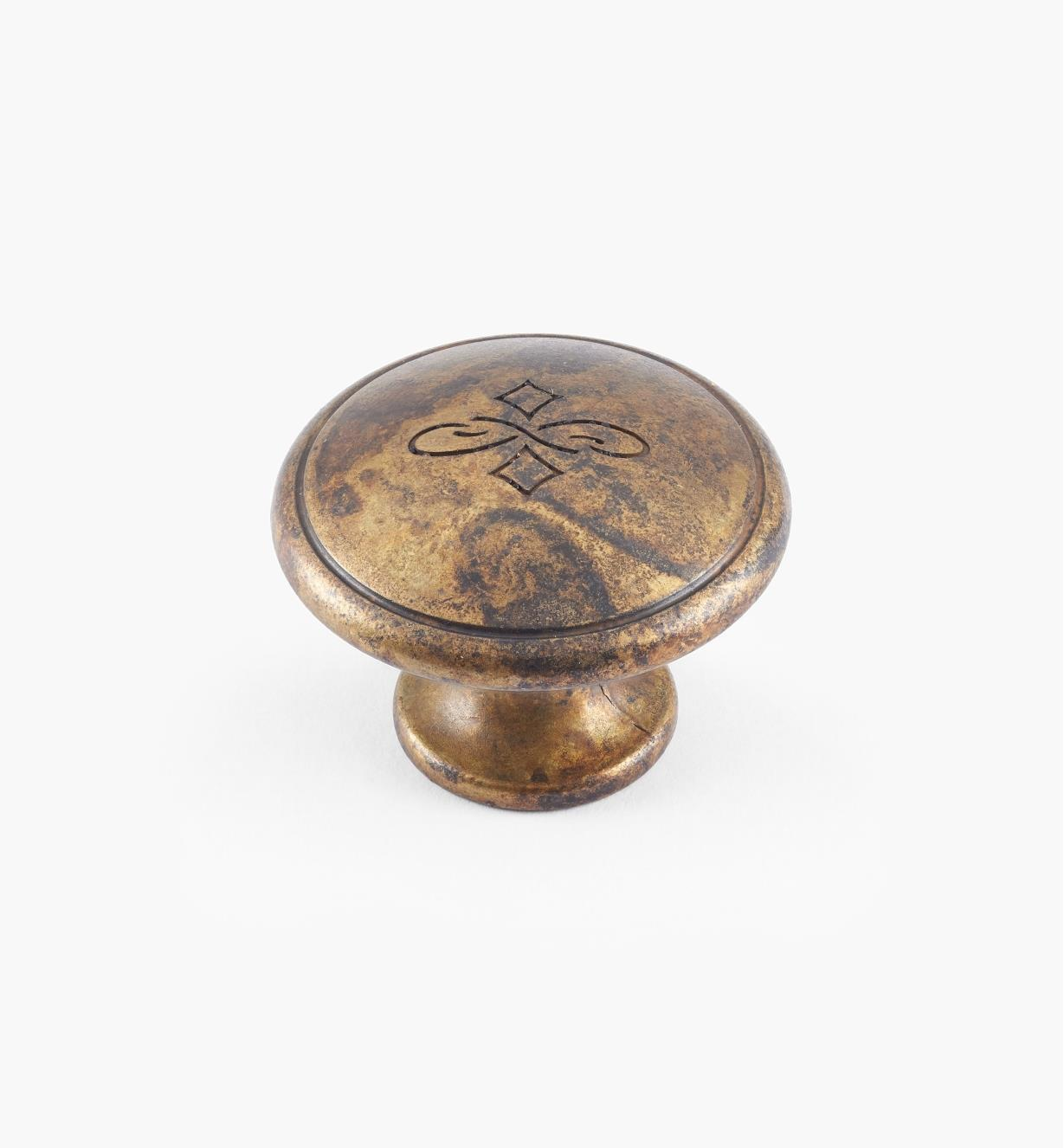 01X4111 - 30mm x 22mm Old Brass Knob