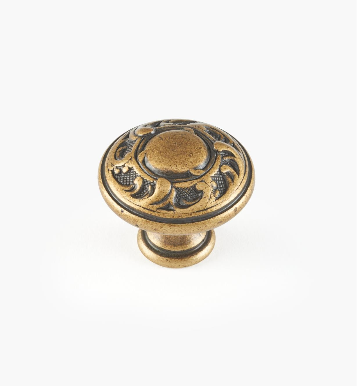 01A5111 - 30mm x 26mm Louis XV Knob