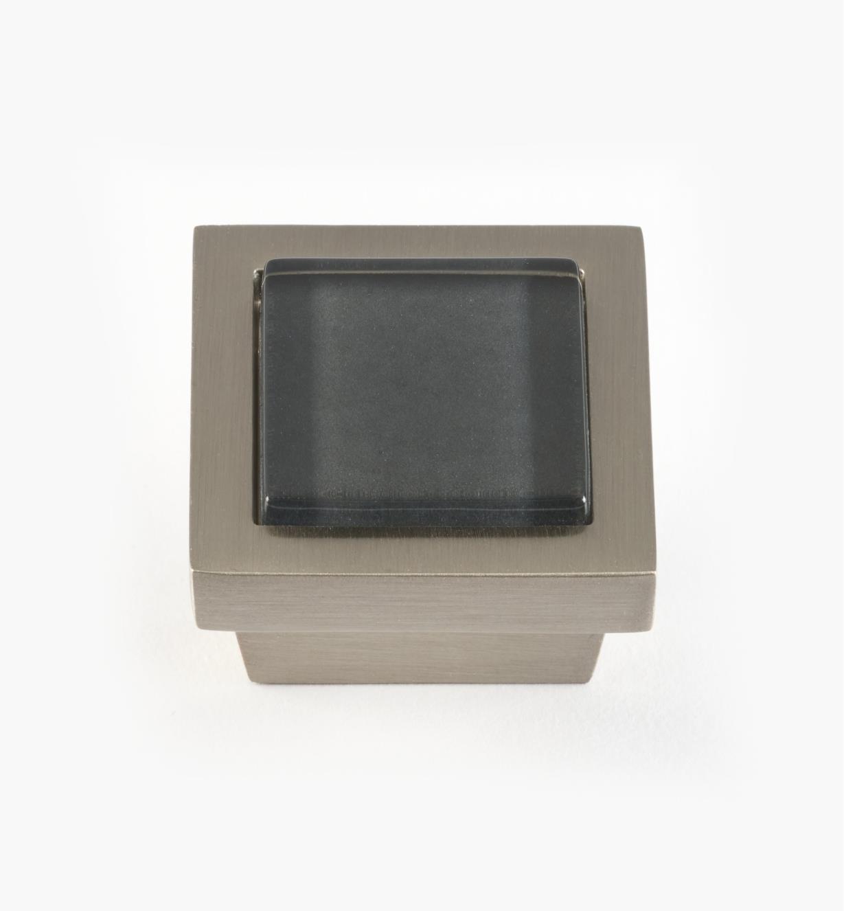 01W5122 - Bouton carré Spa, ardoise, fini nickel brossé, 1 3/8 po