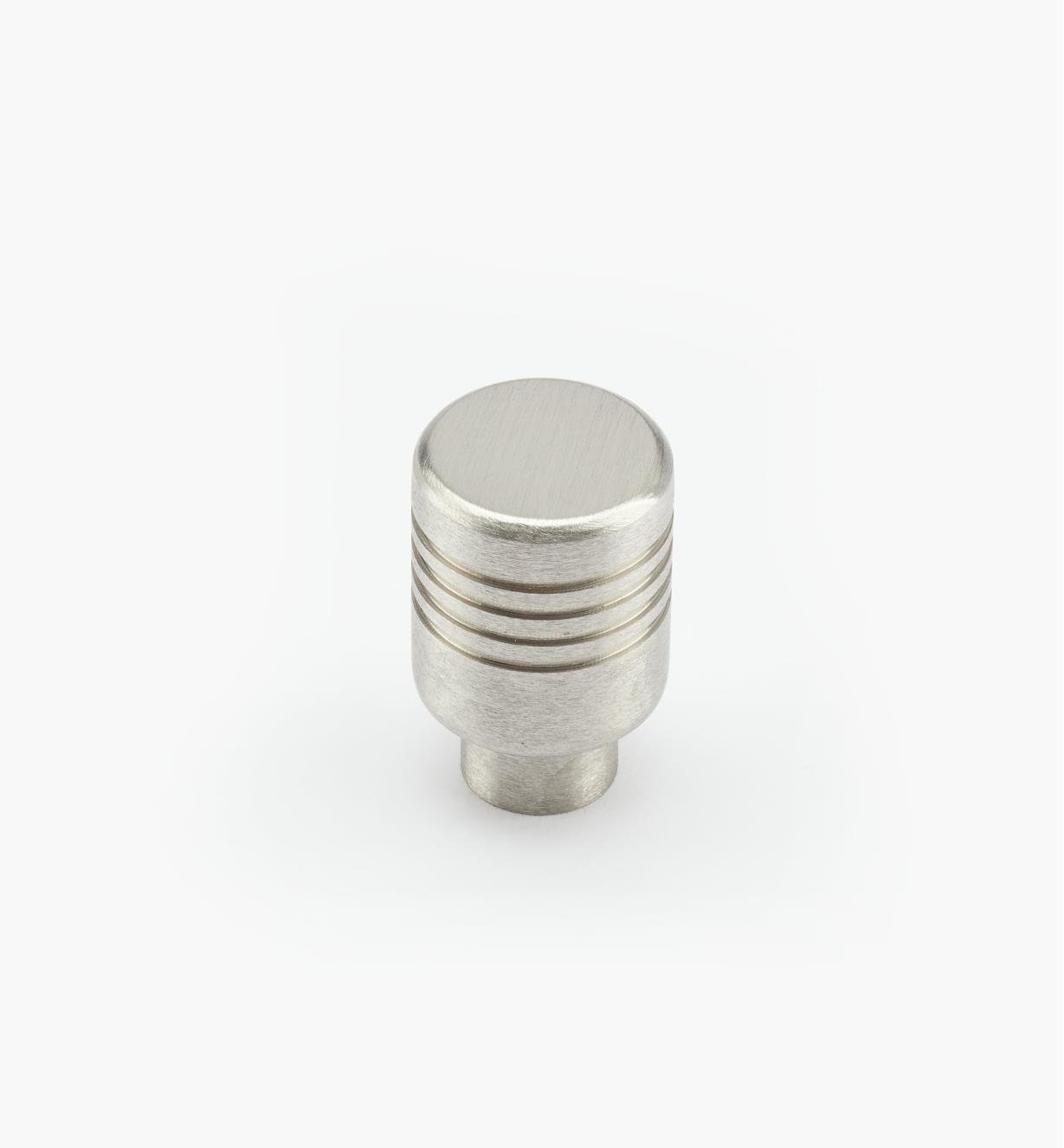 01W6714 - 14mm x 21mm Ribbed Knob