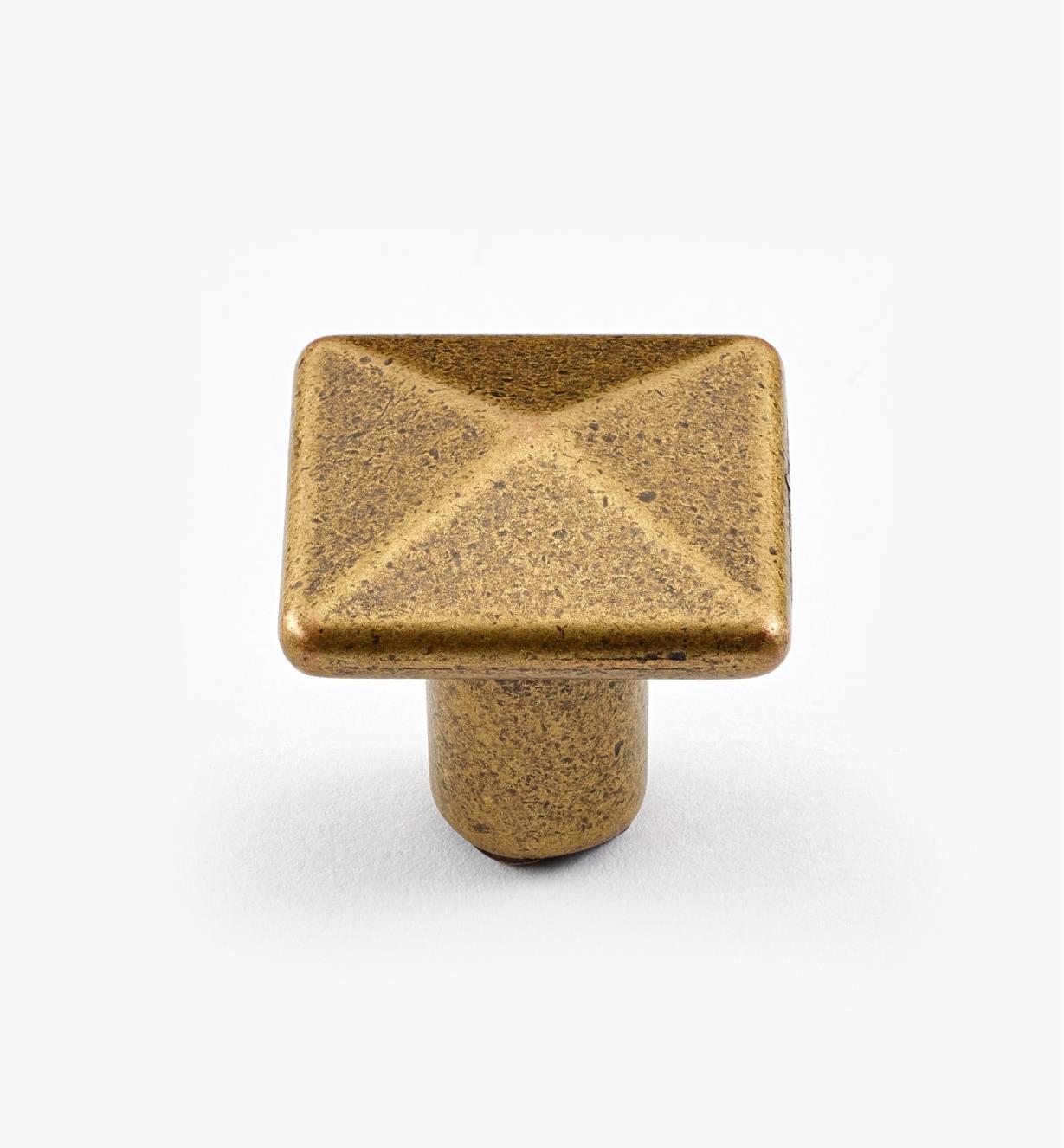 01X3120 - 20mm Square Knob