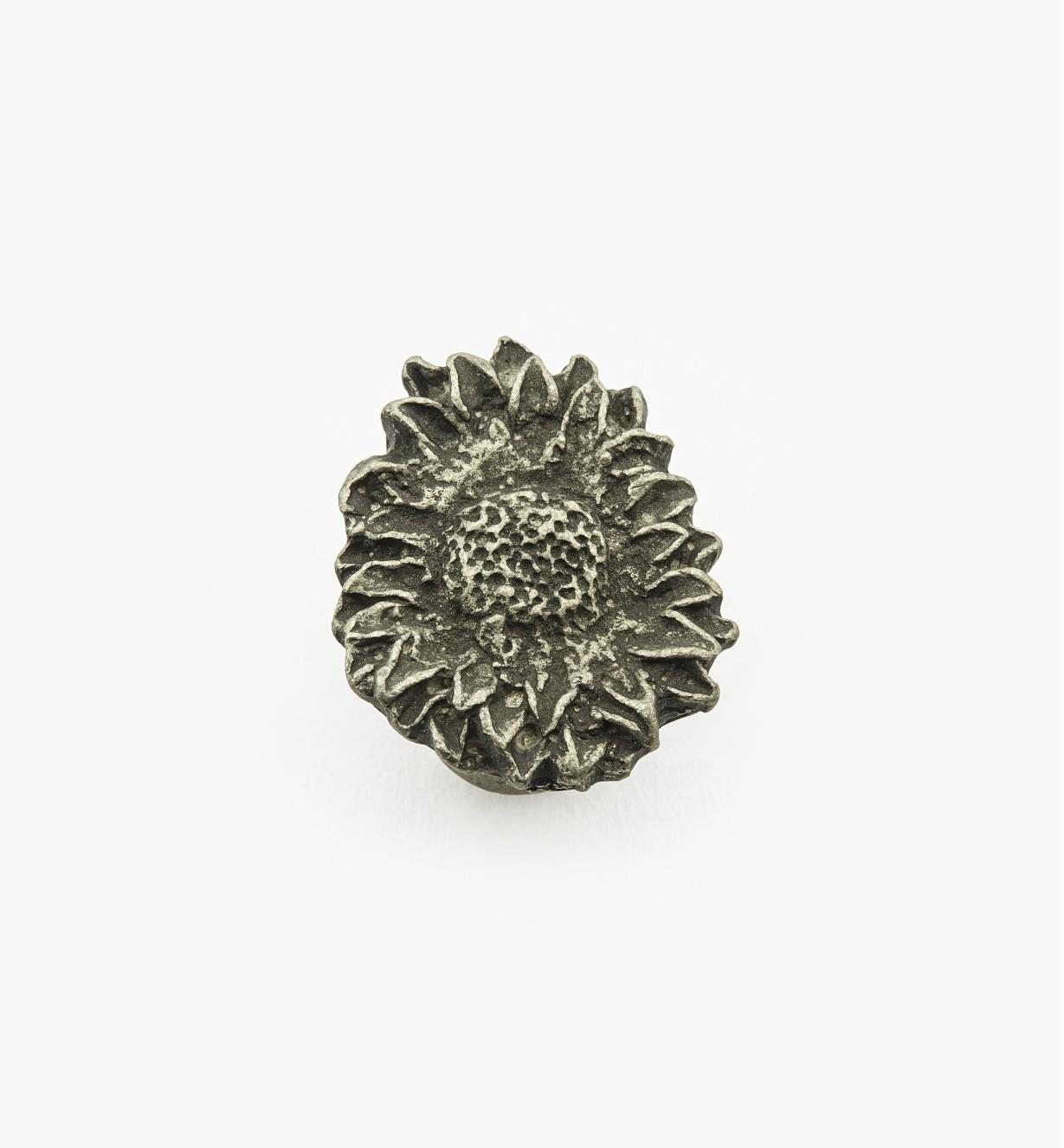 "01W4050 - 1 1/8"" (3/4"") Sunflower Knob I"