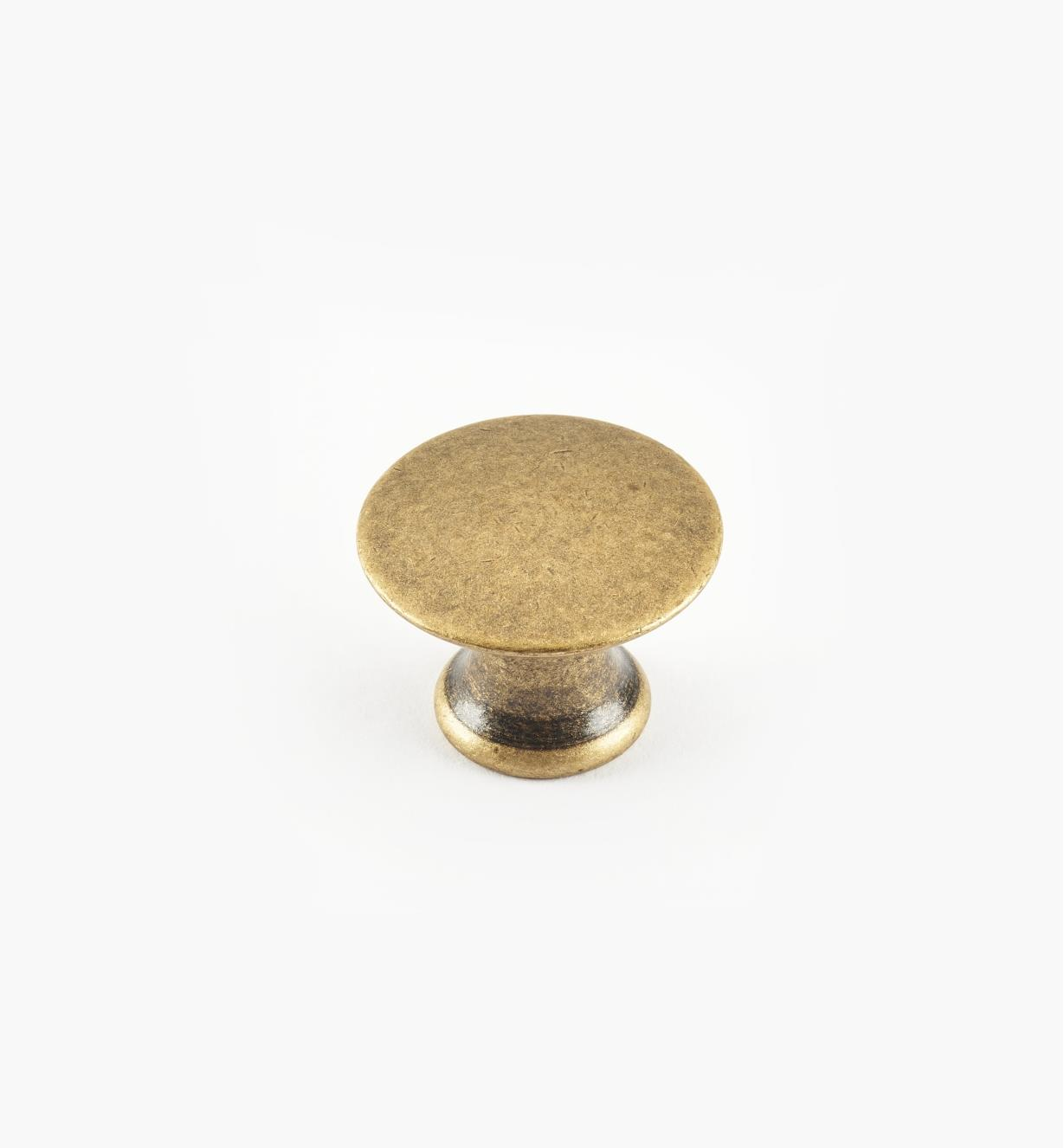 01A0218 - 18mm x 14mmAntique Brass Plain Knob