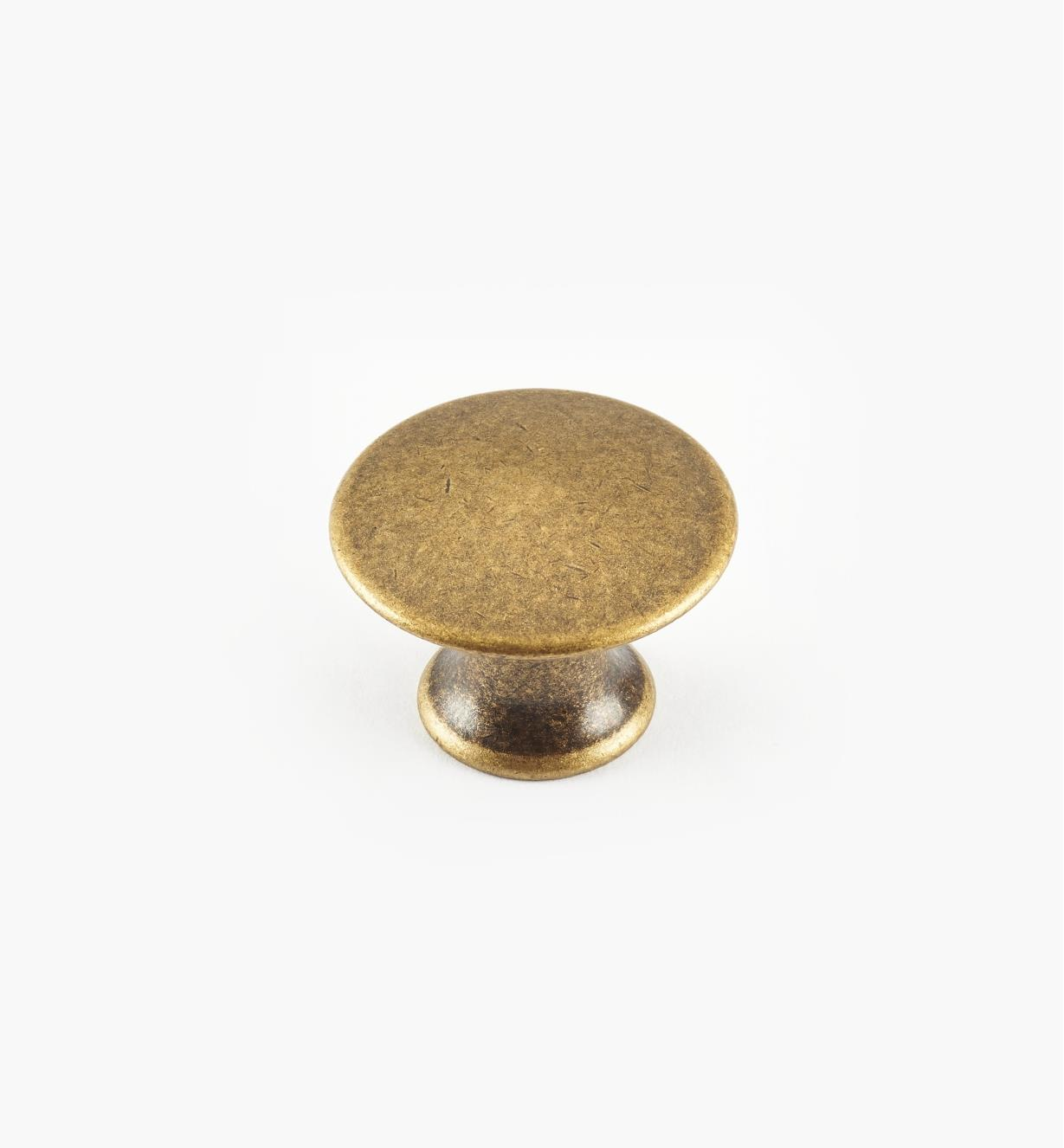 01A0220 - 20mm x 15mmAntique Brass Plain Knob