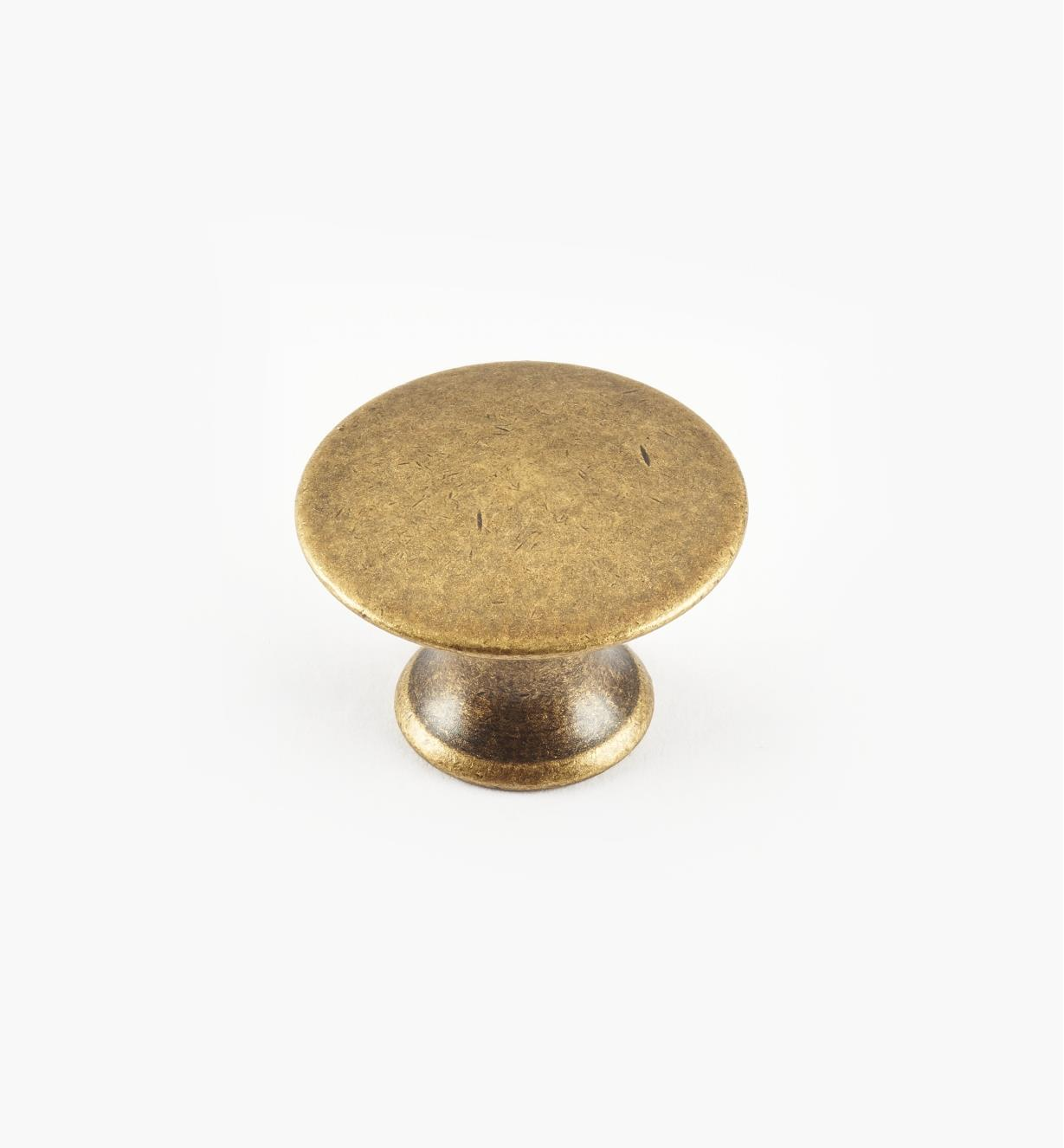 01A0222 - 22mm x 15mmAntique Brass Plain Knob