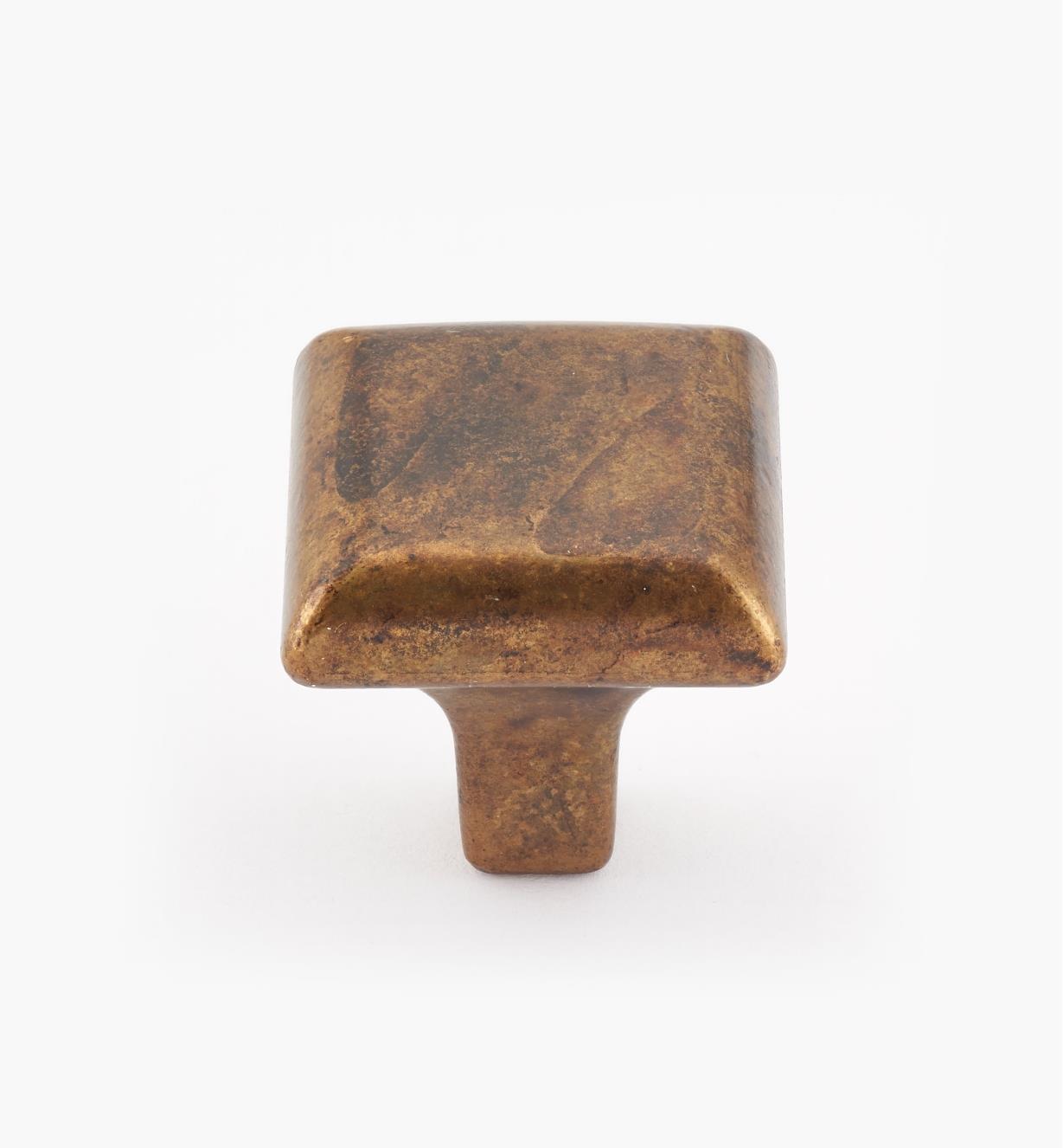 01X4005 - Bouton carré classique, fini laiton ancien, 25 mm x 25 mm x 27 mm
