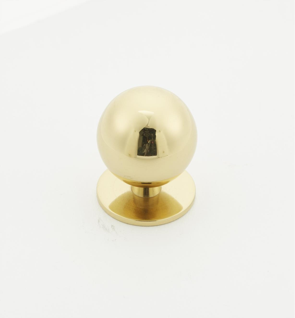 00W5823 - 25mm x 32mm Brass Knob