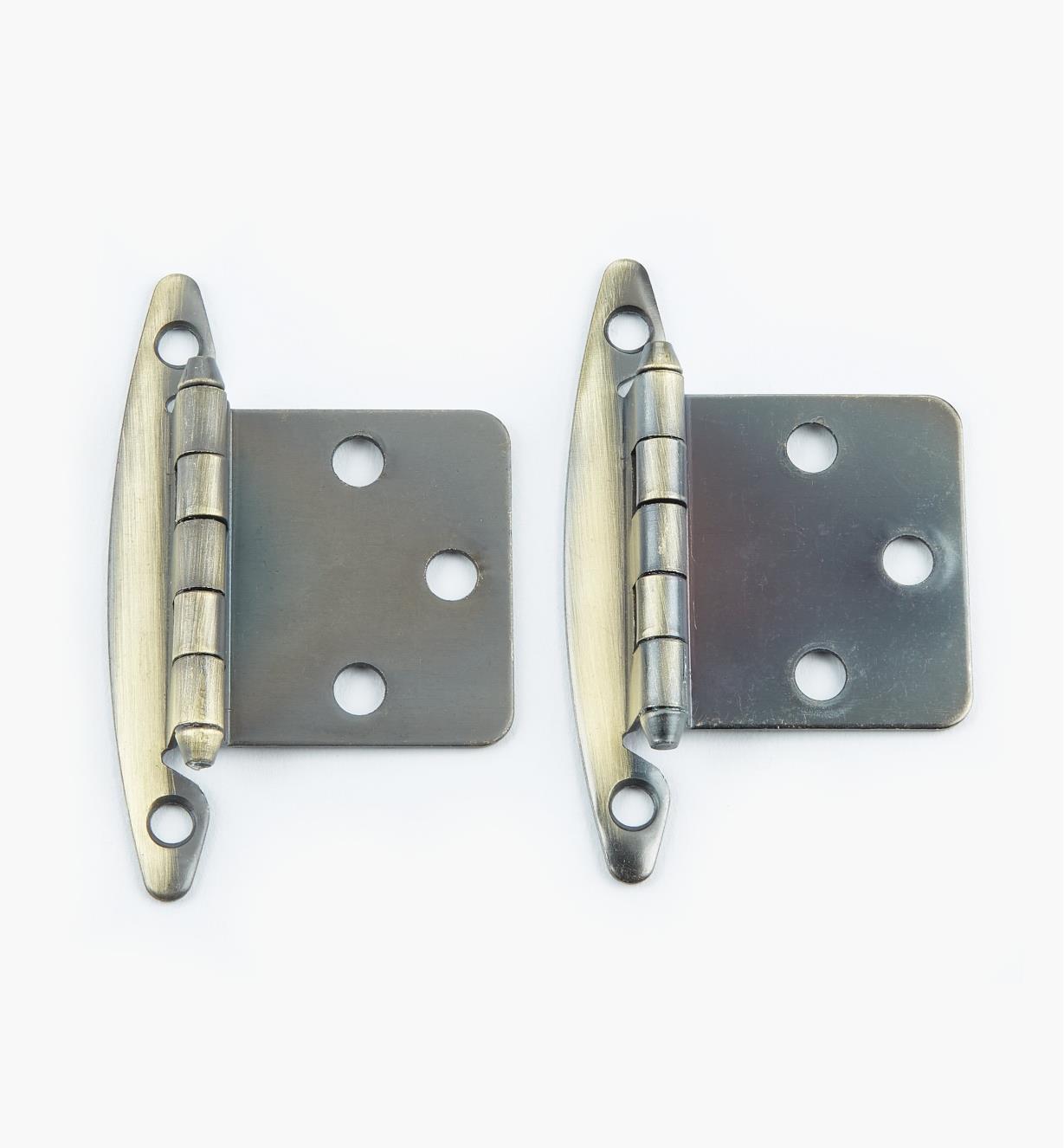 02H1301 - Charnières à plat, laitonantique, lapaire