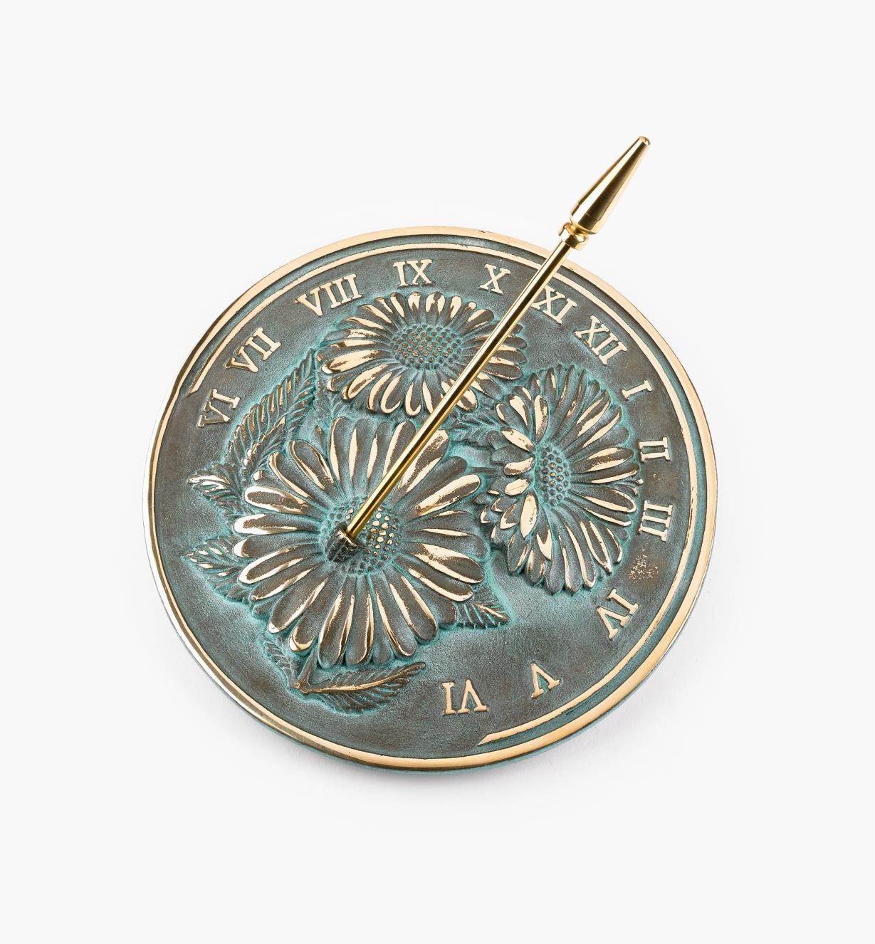 KD362 - Cadran solaire floral en laiton