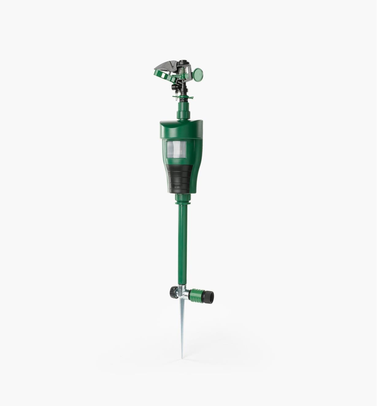 AT611 - Pest-Deterring Jet Sprayer